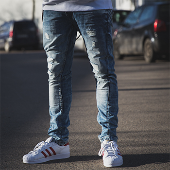 More than 1.050 jeans styles