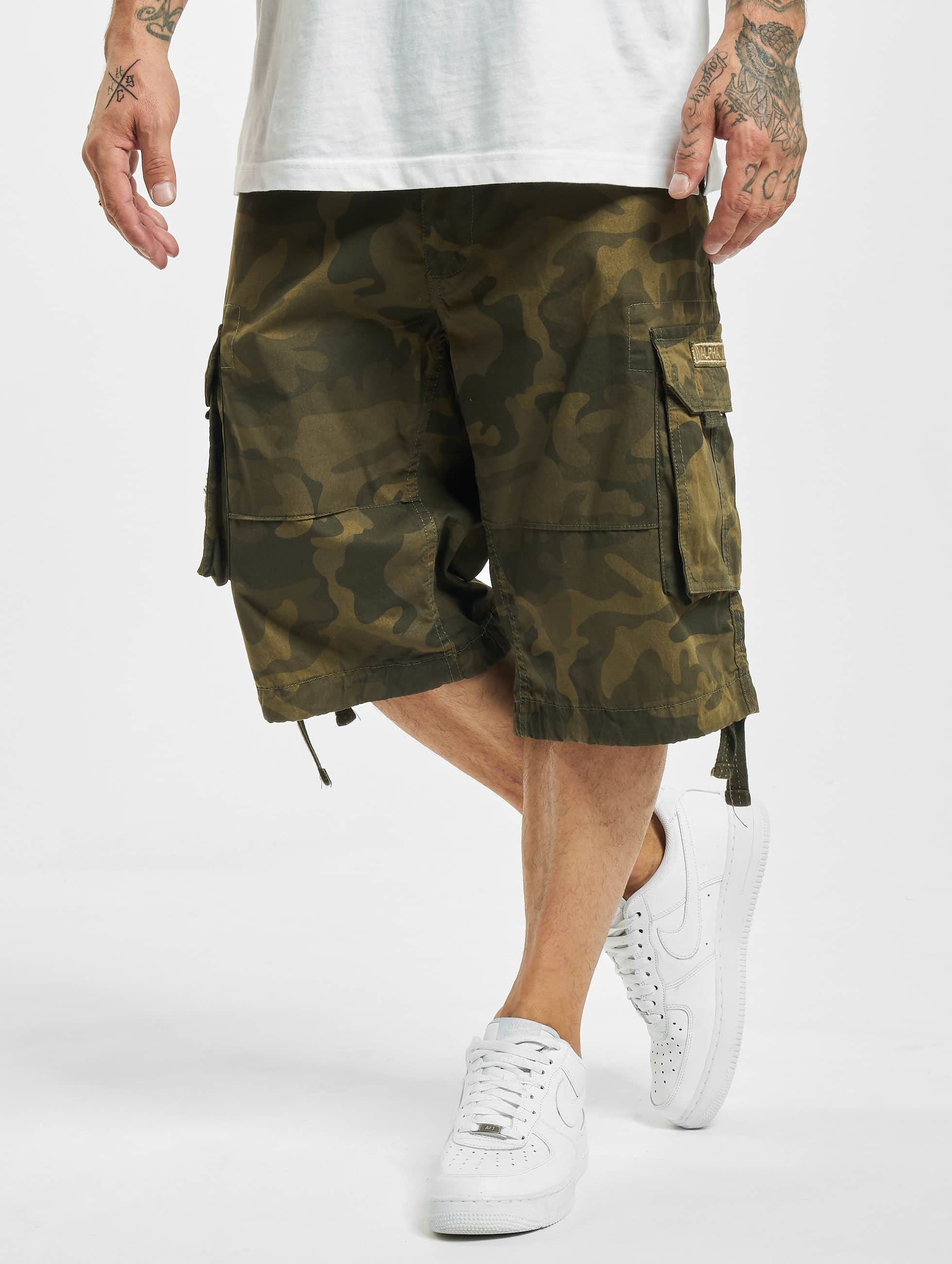 alpha industries hose shorts jet in camouflage 236598. Black Bedroom Furniture Sets. Home Design Ideas