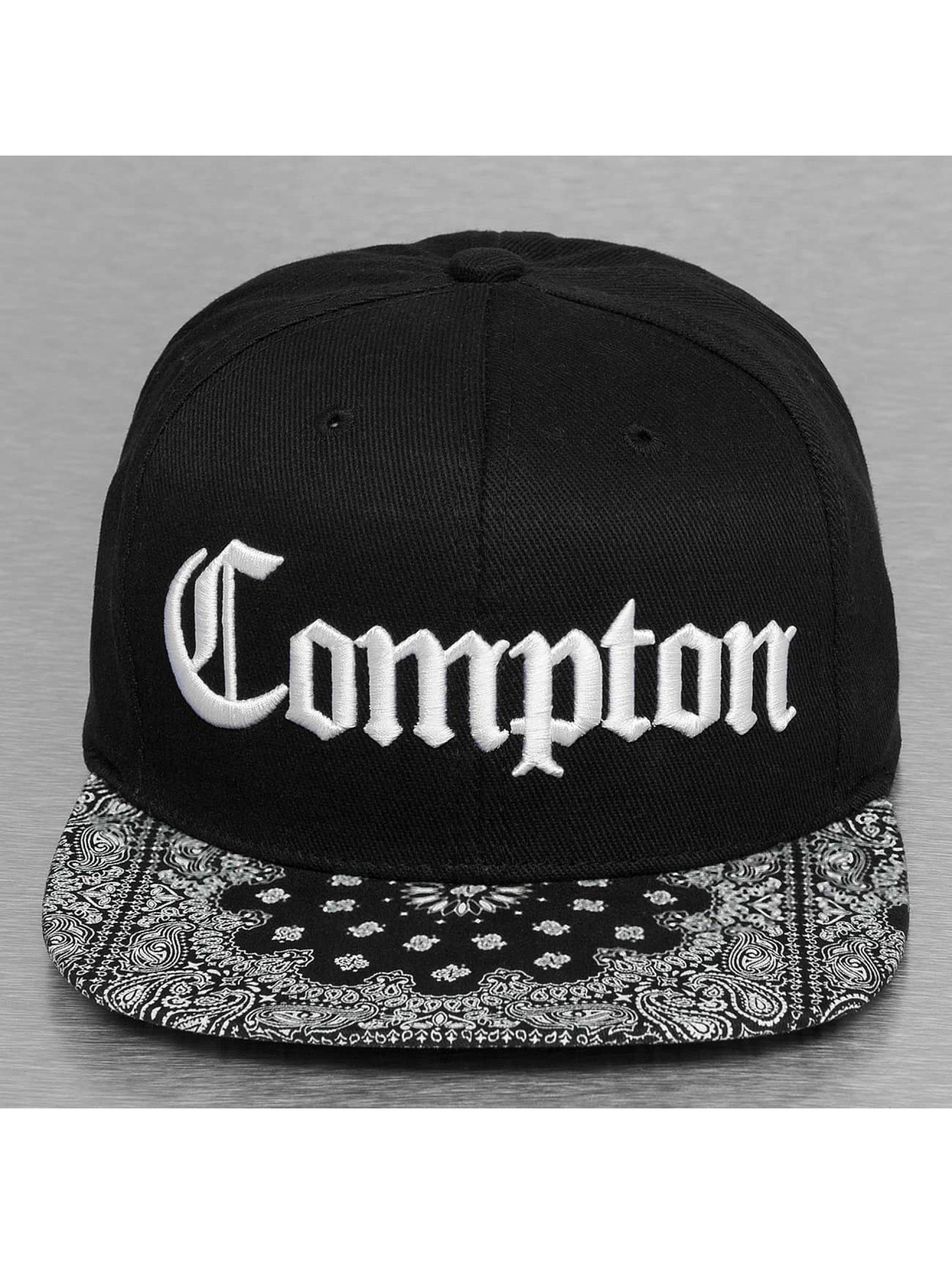 Thug Life Snapback Cap Paisley black