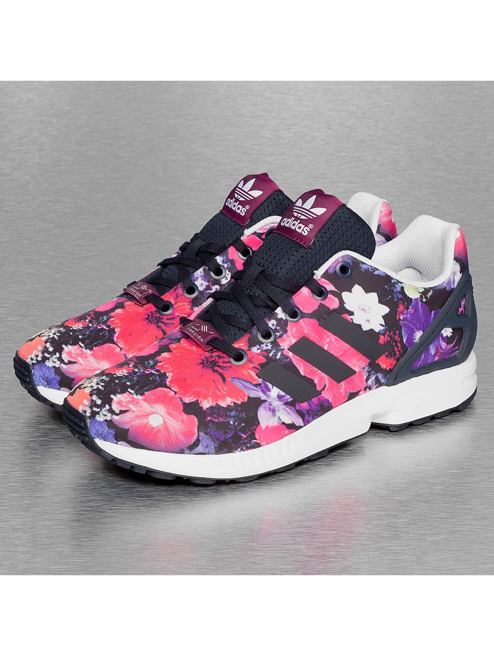 adidas chaussures baskets zx flux en multicolore 222038. Black Bedroom Furniture Sets. Home Design Ideas