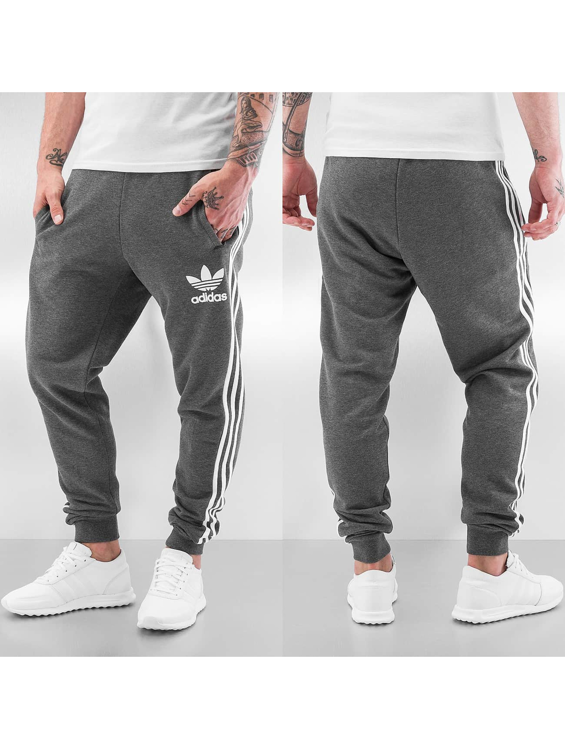 adidas hose jogginghose clfn cuffed french terry in grau. Black Bedroom Furniture Sets. Home Design Ideas
