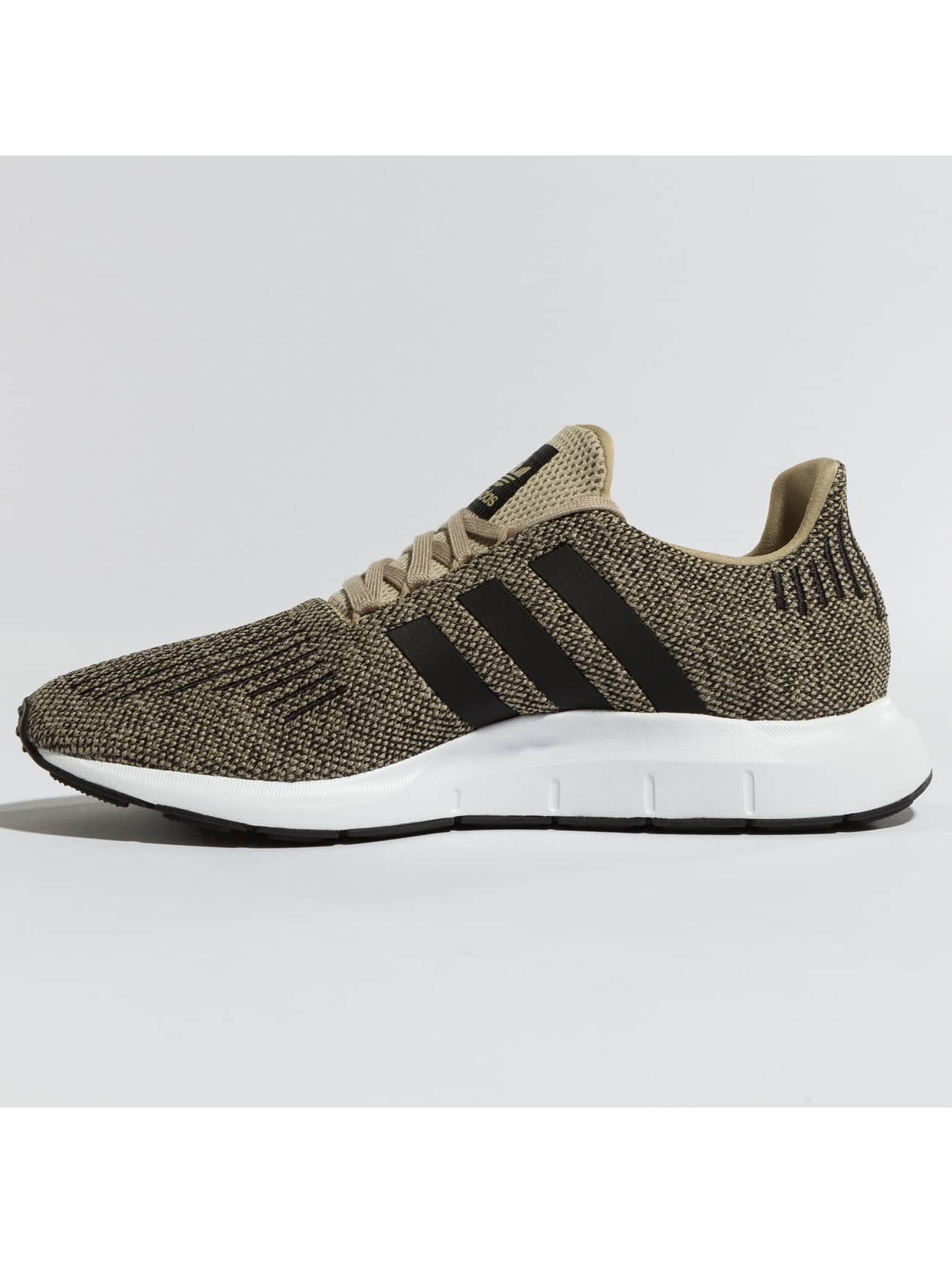 adidas originals Sneakers Swift Run gold