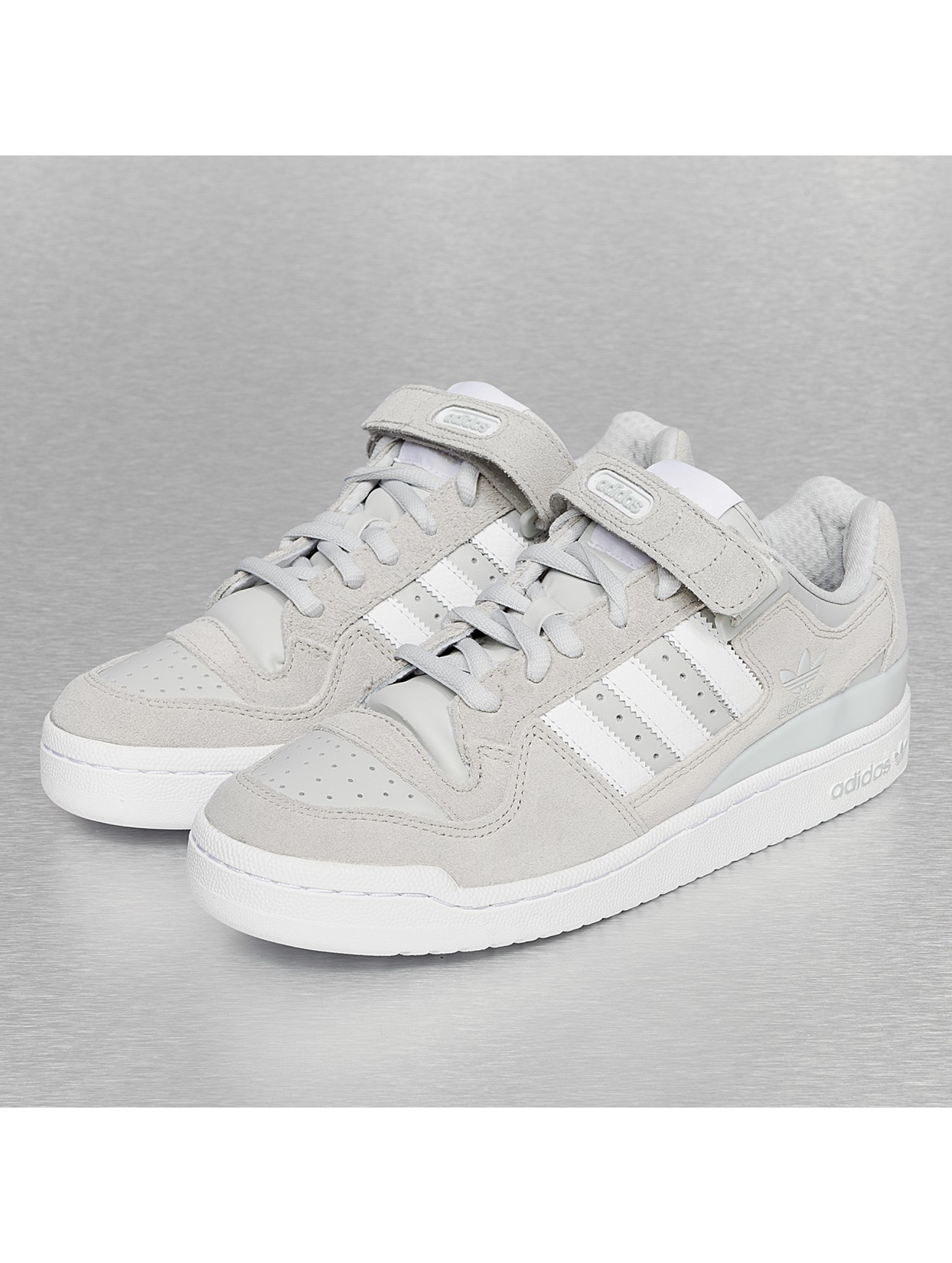 on sale c85a4 d7d84 but can t decide if i cop em grey or all white