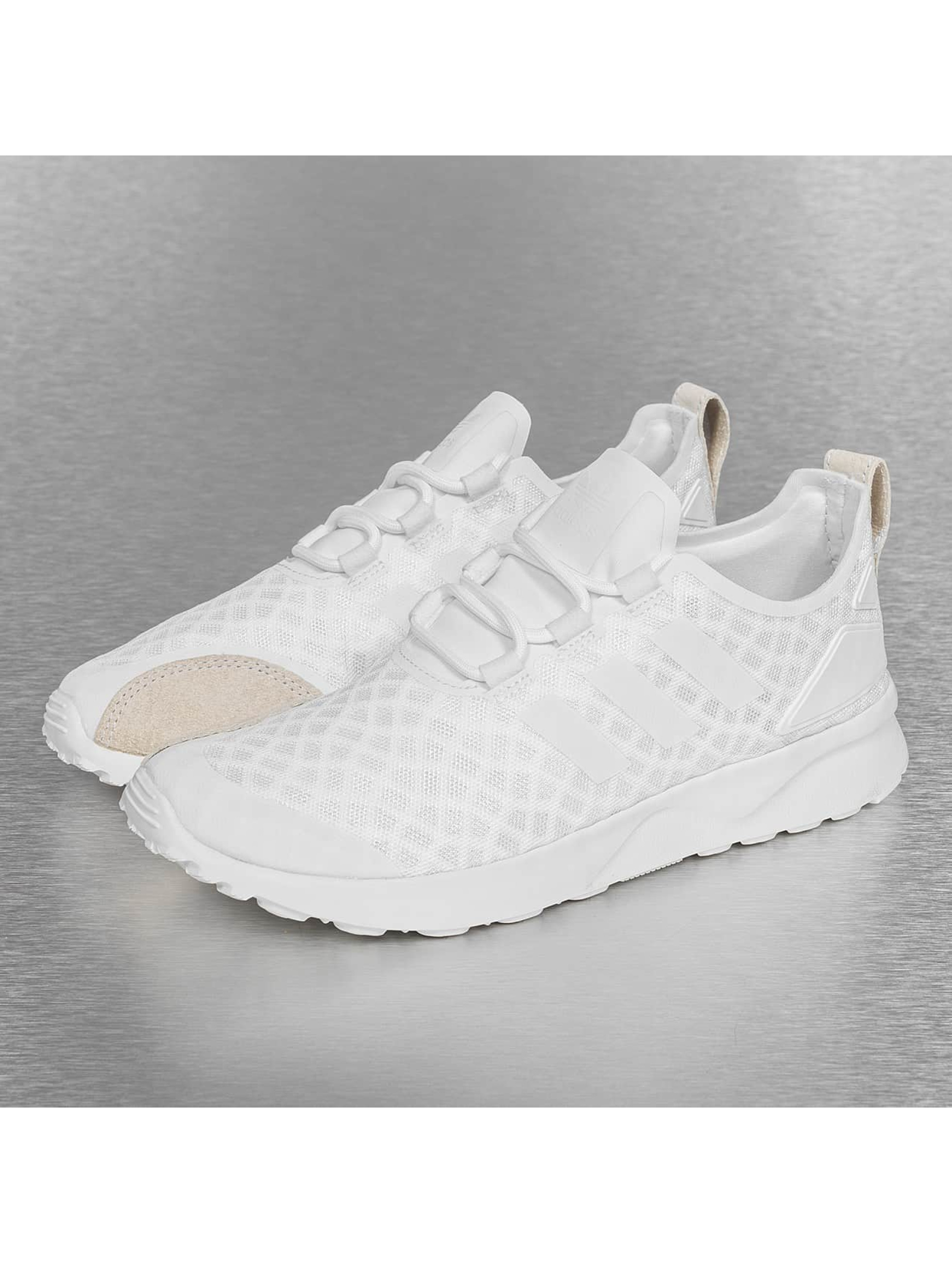 Zx Flux Adv Verve Core White