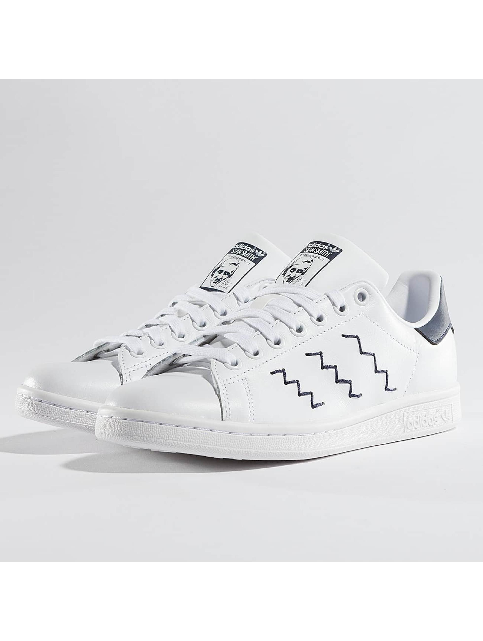 Damen Adidas Turnschuhe weiß Klasse seiner in Stelle erster