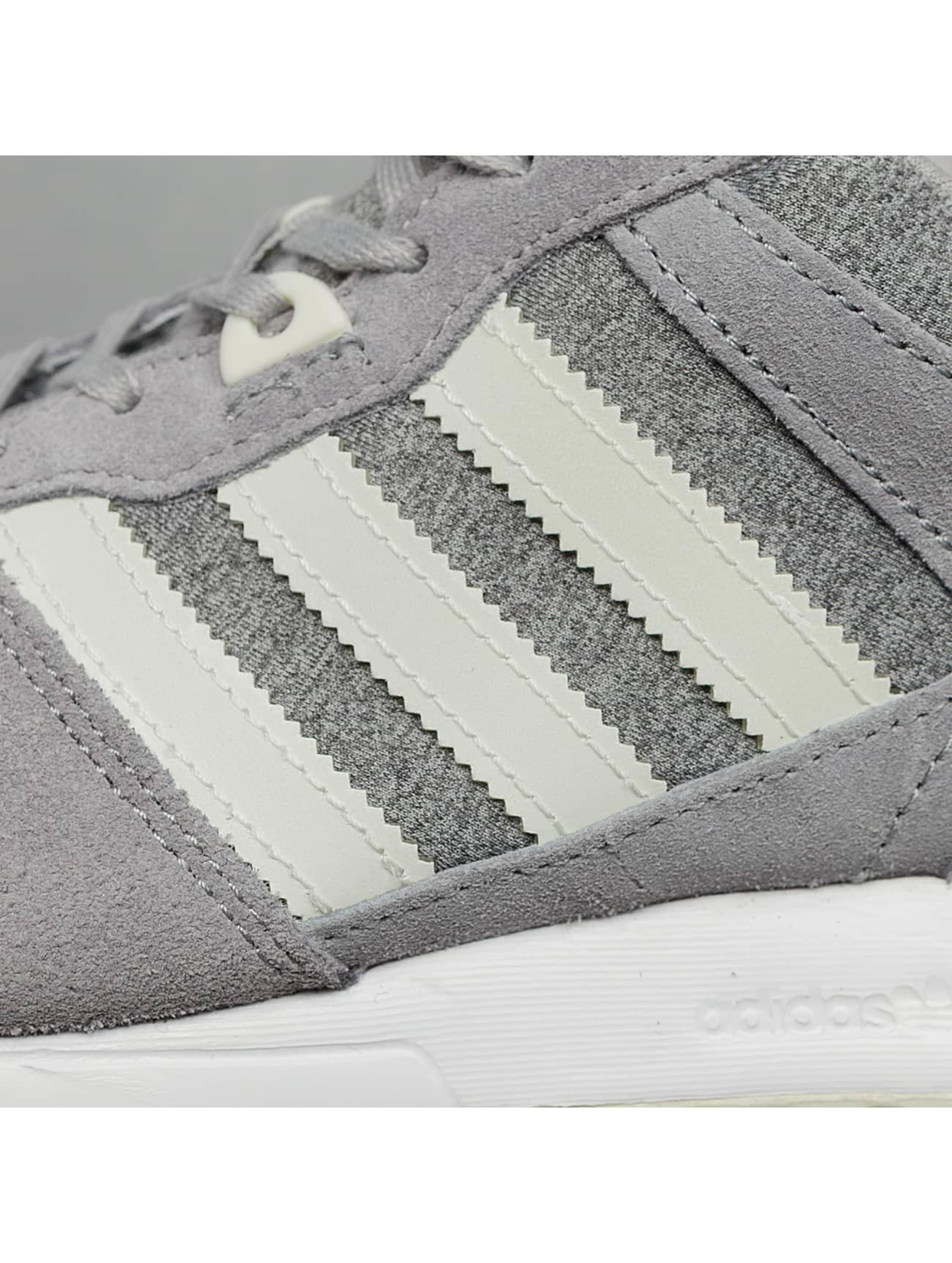 adidas Sneakers ZX 700 W gray