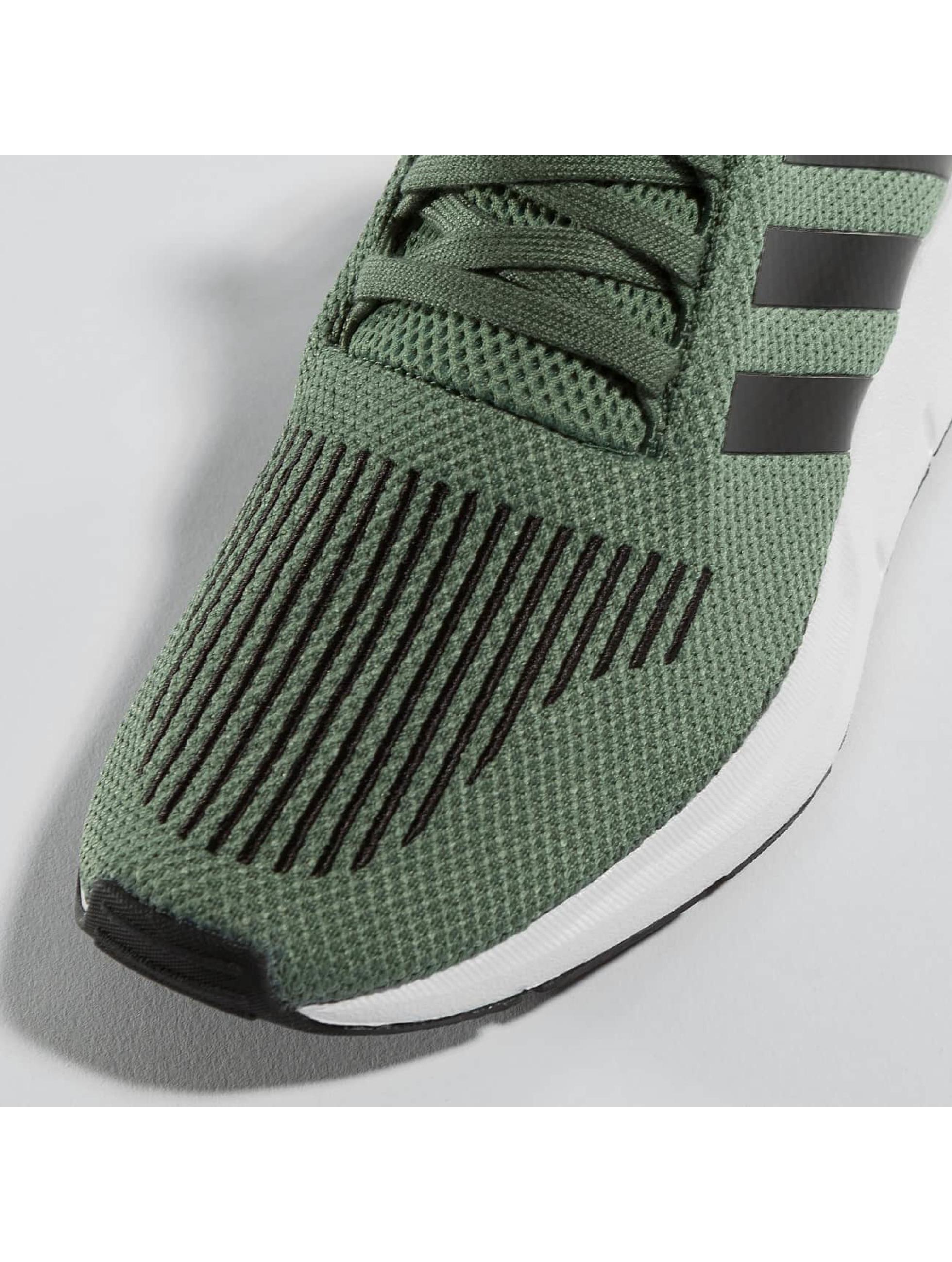 adidas Sneakers Swift Run J green