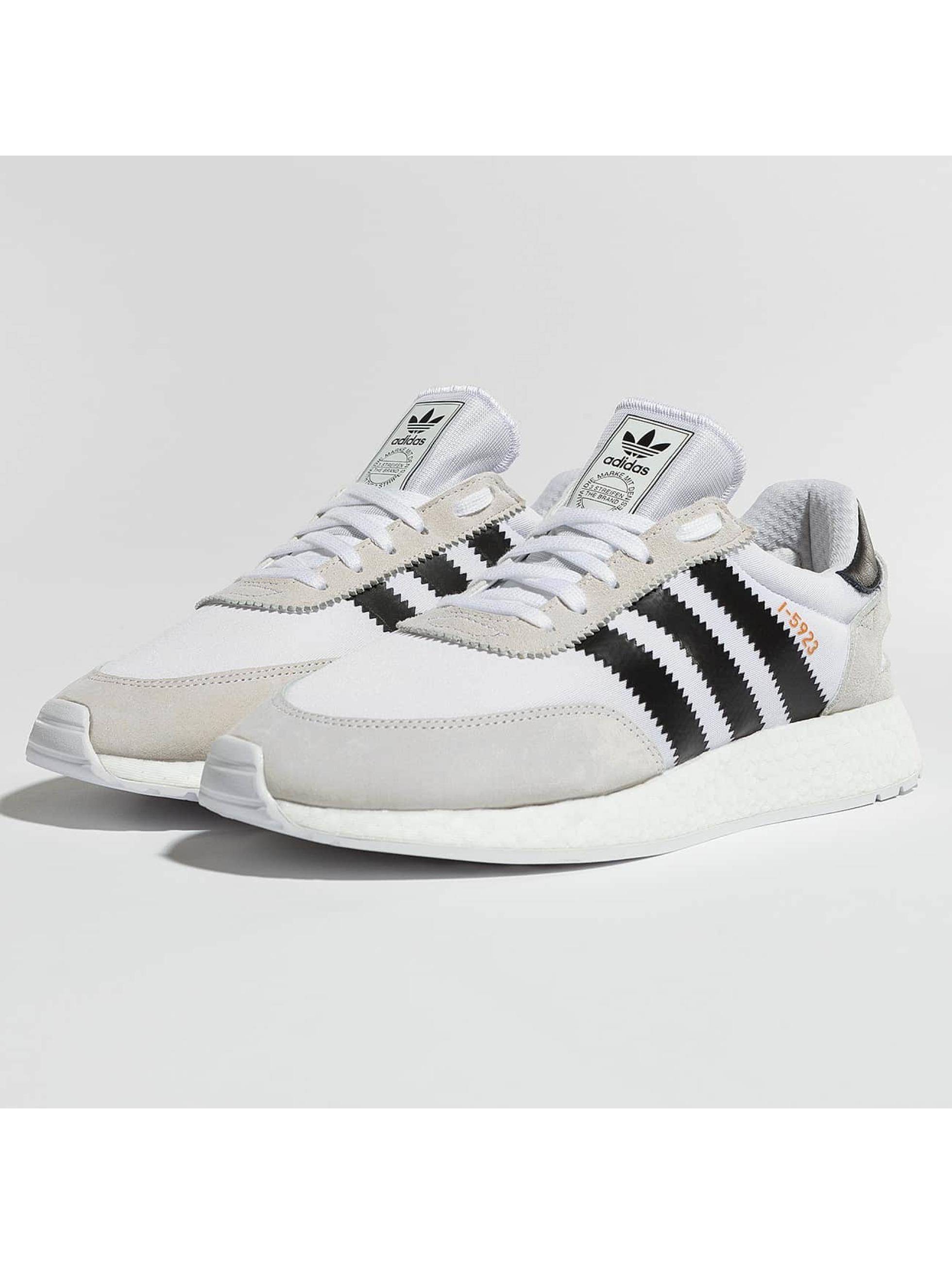 c127120c88d adidas vit 397892 Skor Sneakers Iniki i Runner AB0ASx & salesman ...