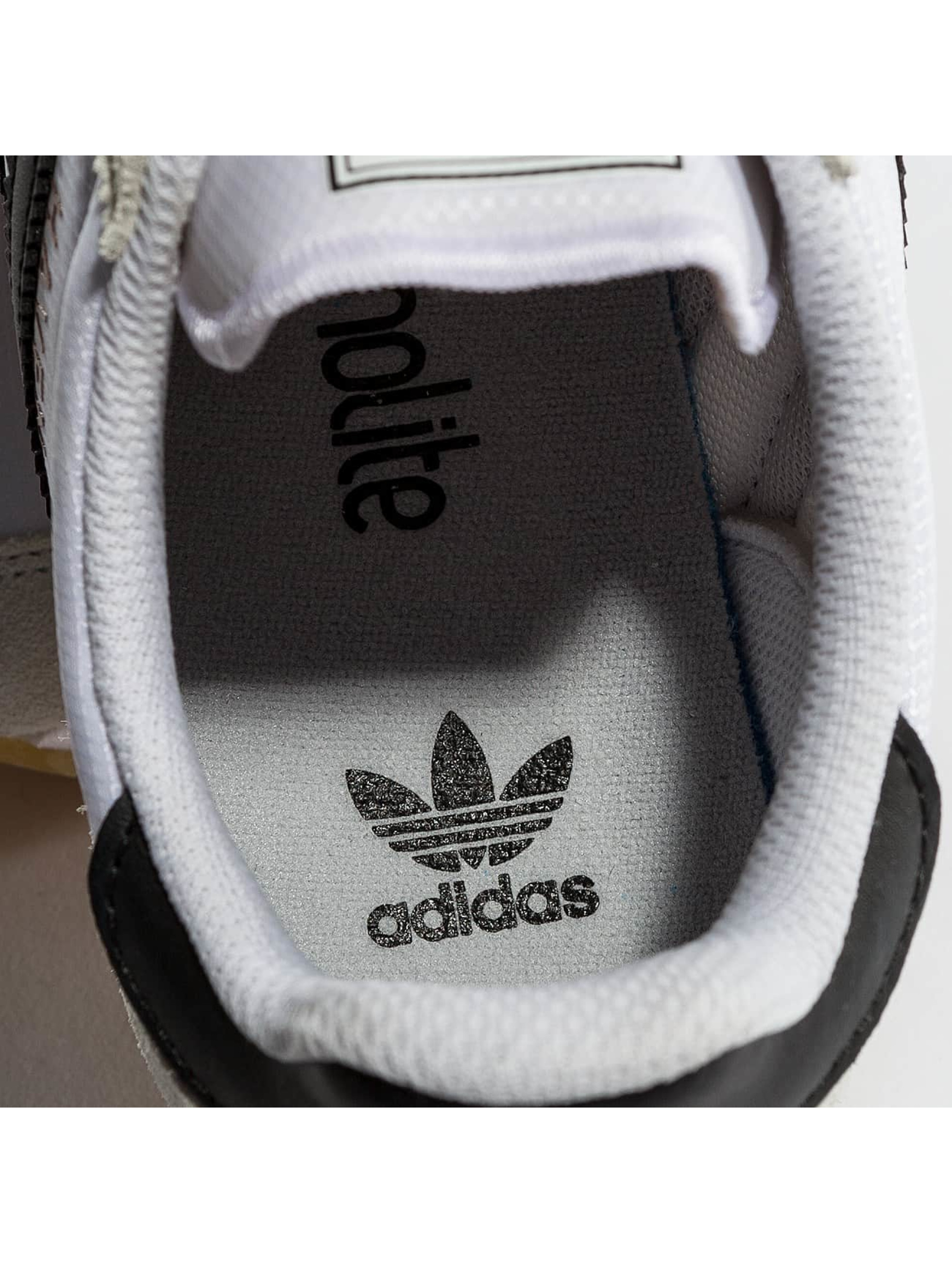 adidas Sneakers Haven J white