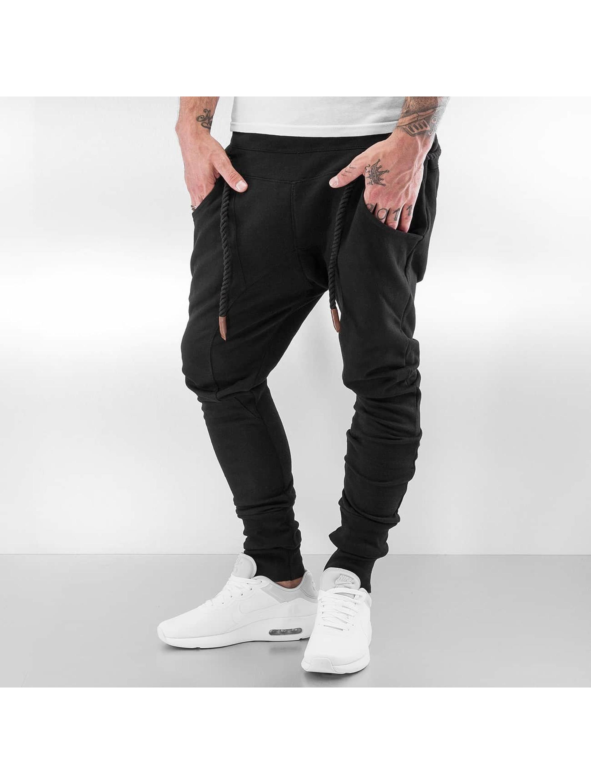 bangastic herren jogginghose thick drawstring in schwarz. Black Bedroom Furniture Sets. Home Design Ideas