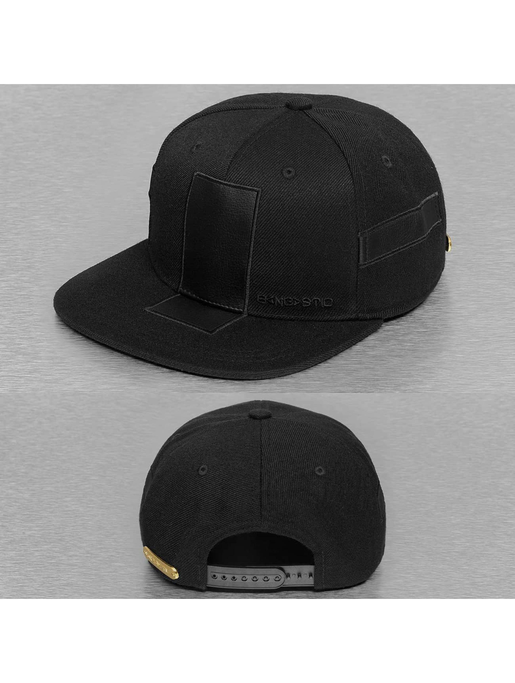 Bangastic Snapback Cap Base in schwarz 210370 78fc13c95e