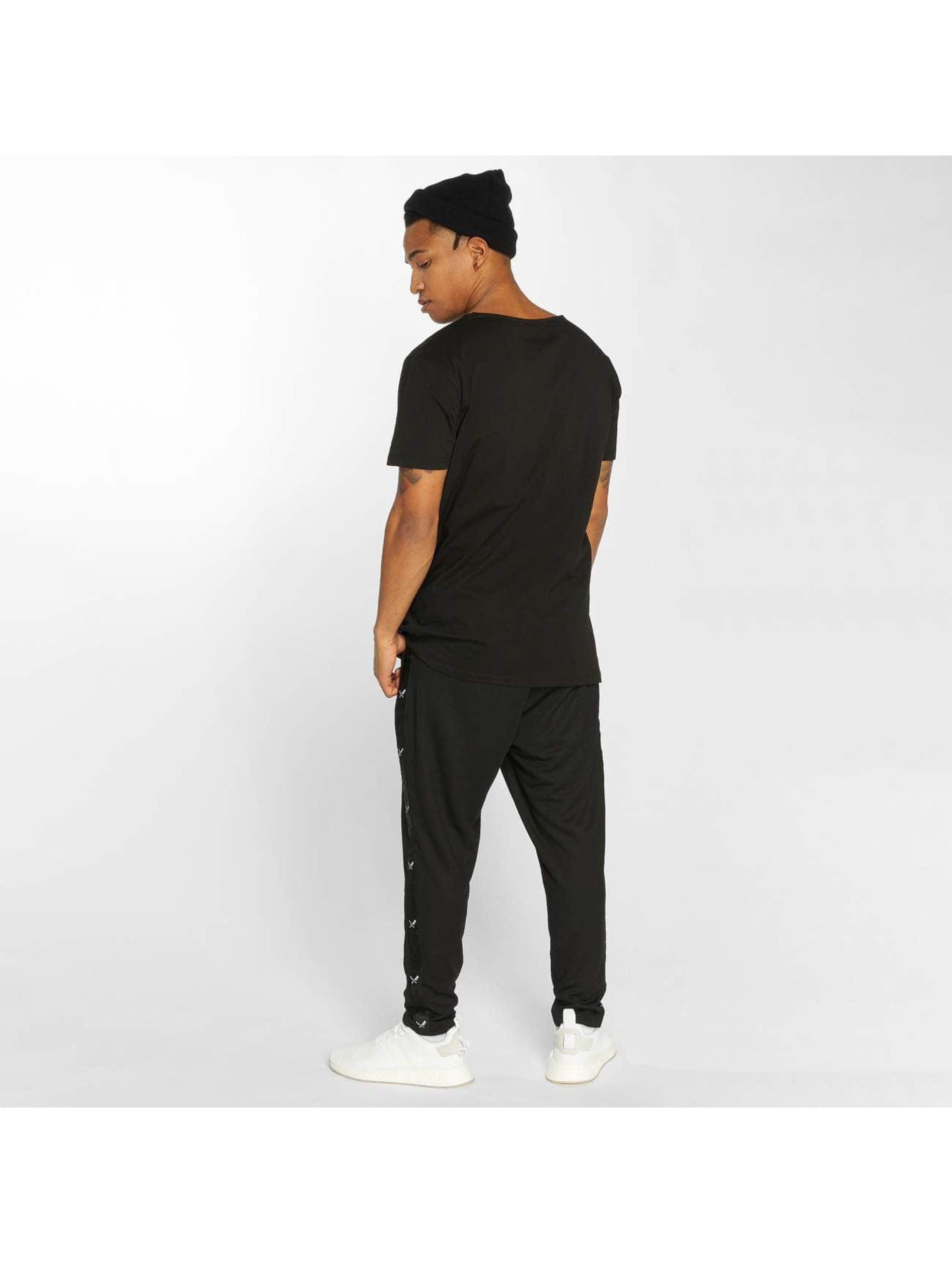 Distorted People T-Shirt Cutted black