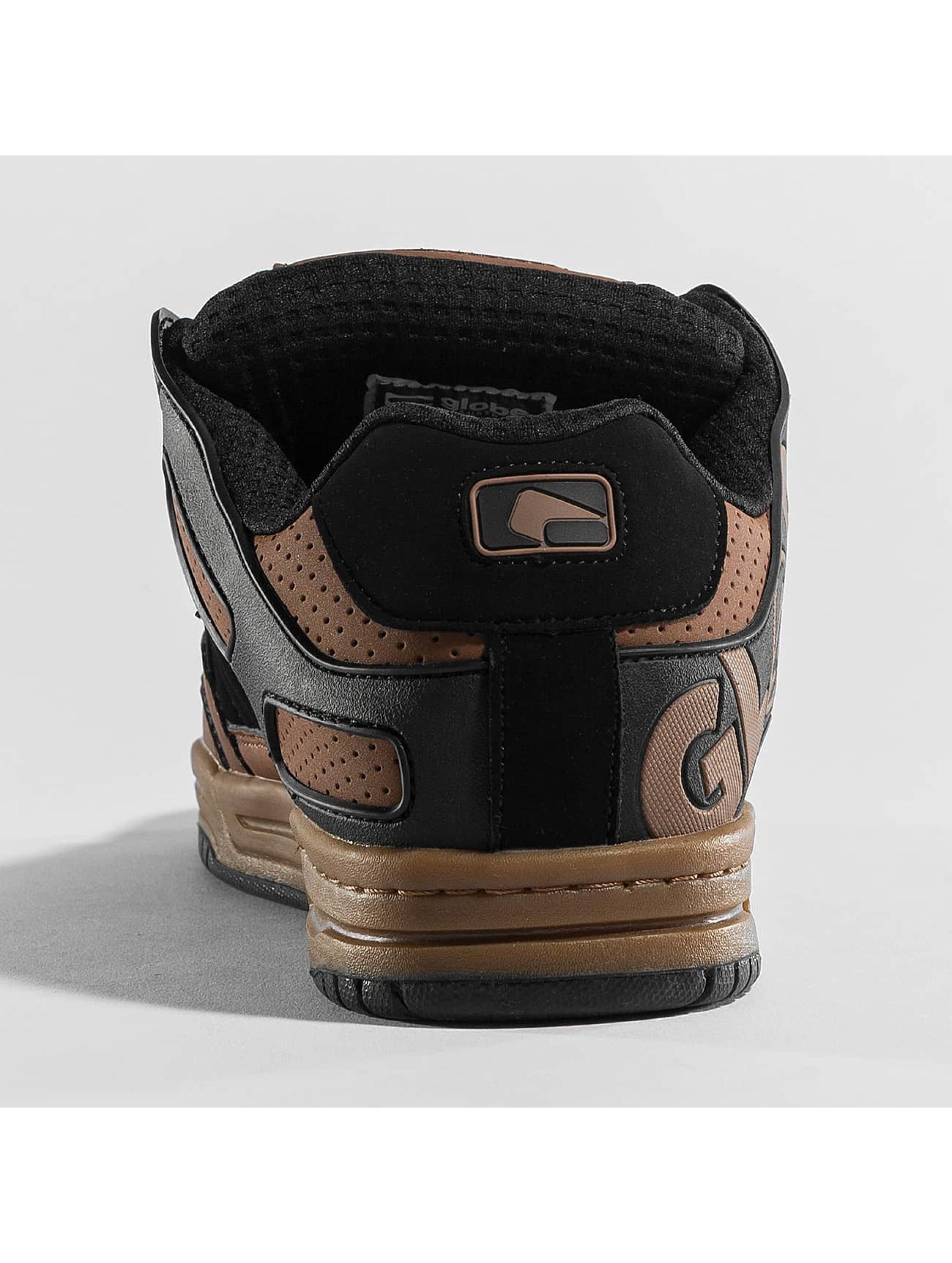Globe Sneakers Tilt brown
