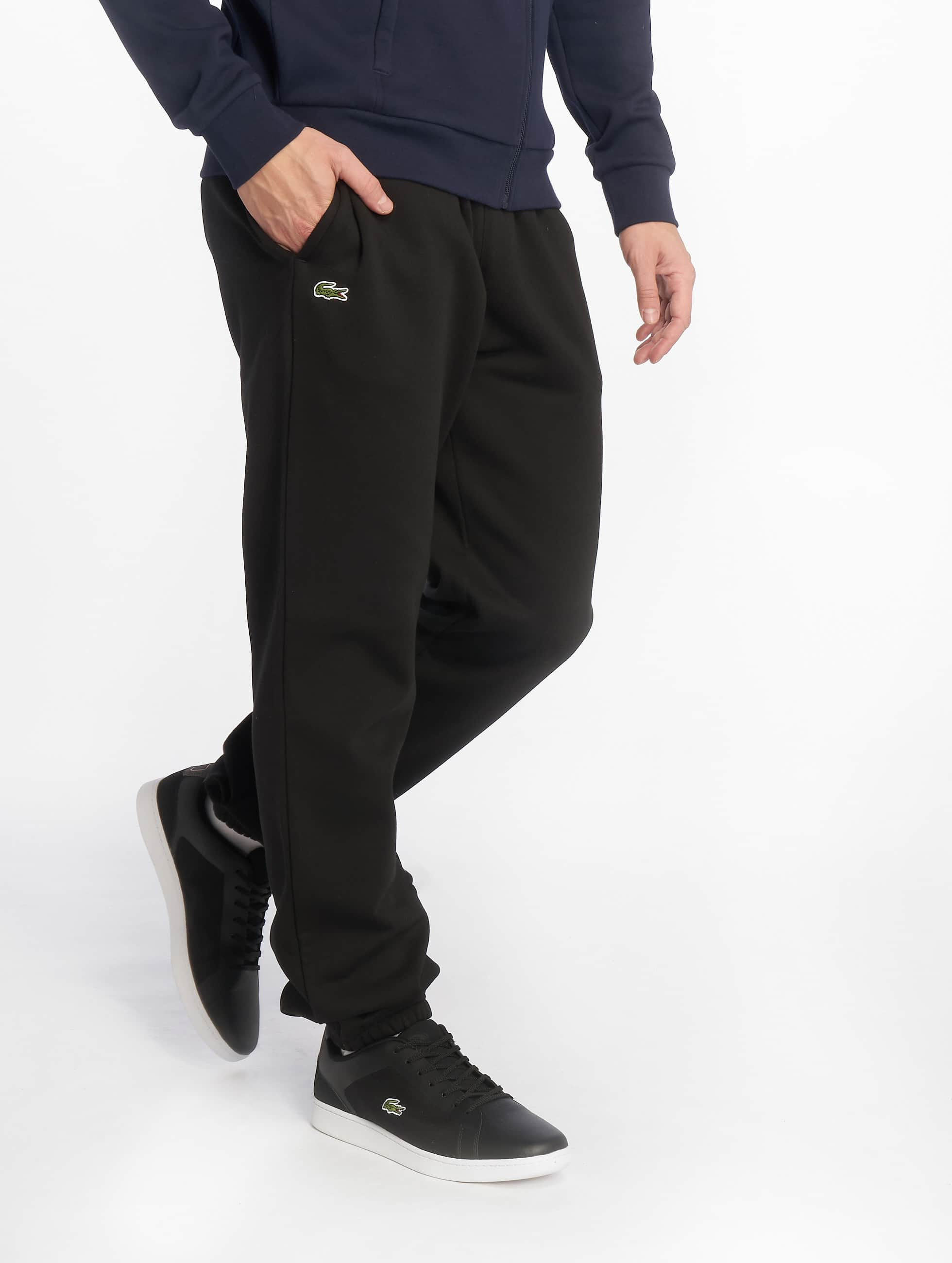 lacoste classic herren jogginghose classic in schwarz 210770. Black Bedroom Furniture Sets. Home Design Ideas