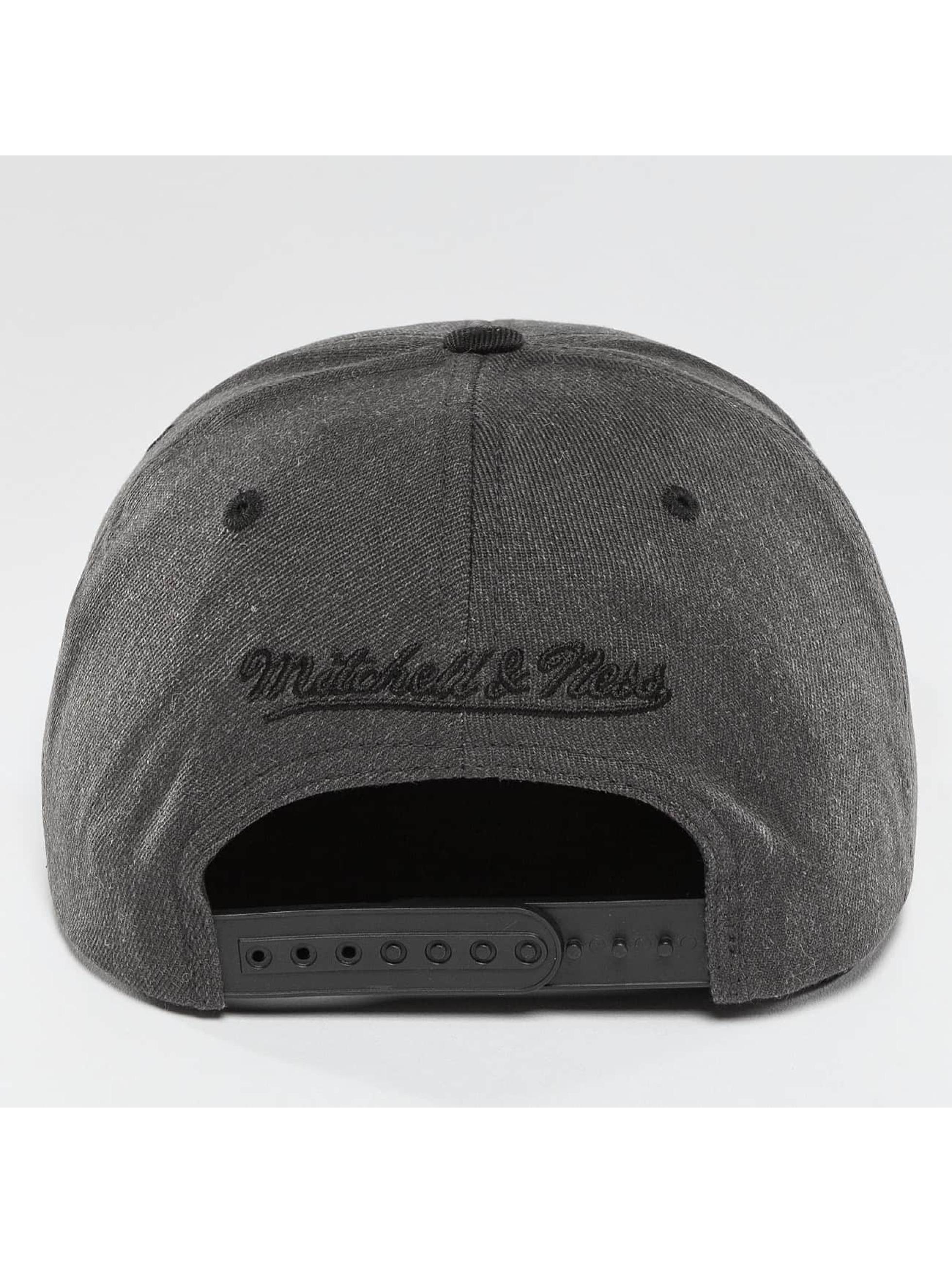 Mitchell & Ness Snapback Cap NBA 2-Tone Chicago Bulls gray