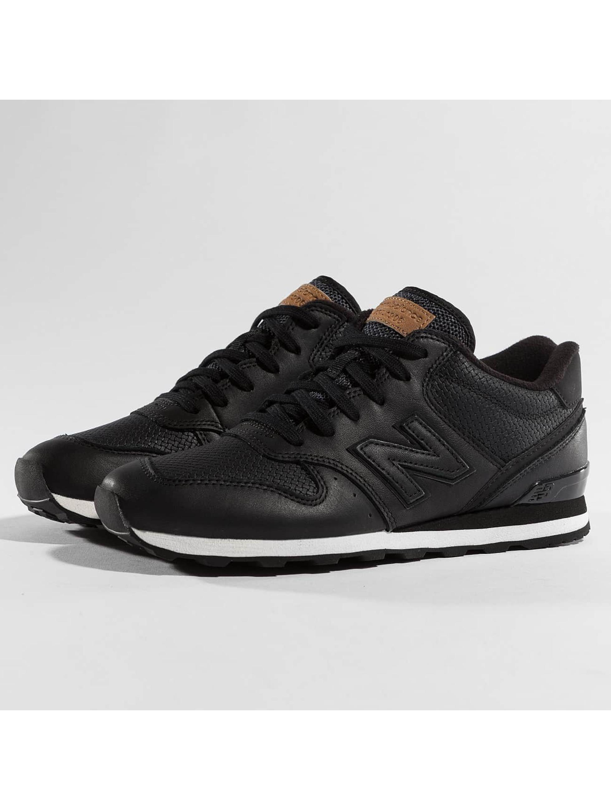 new balance sneakers schwarz