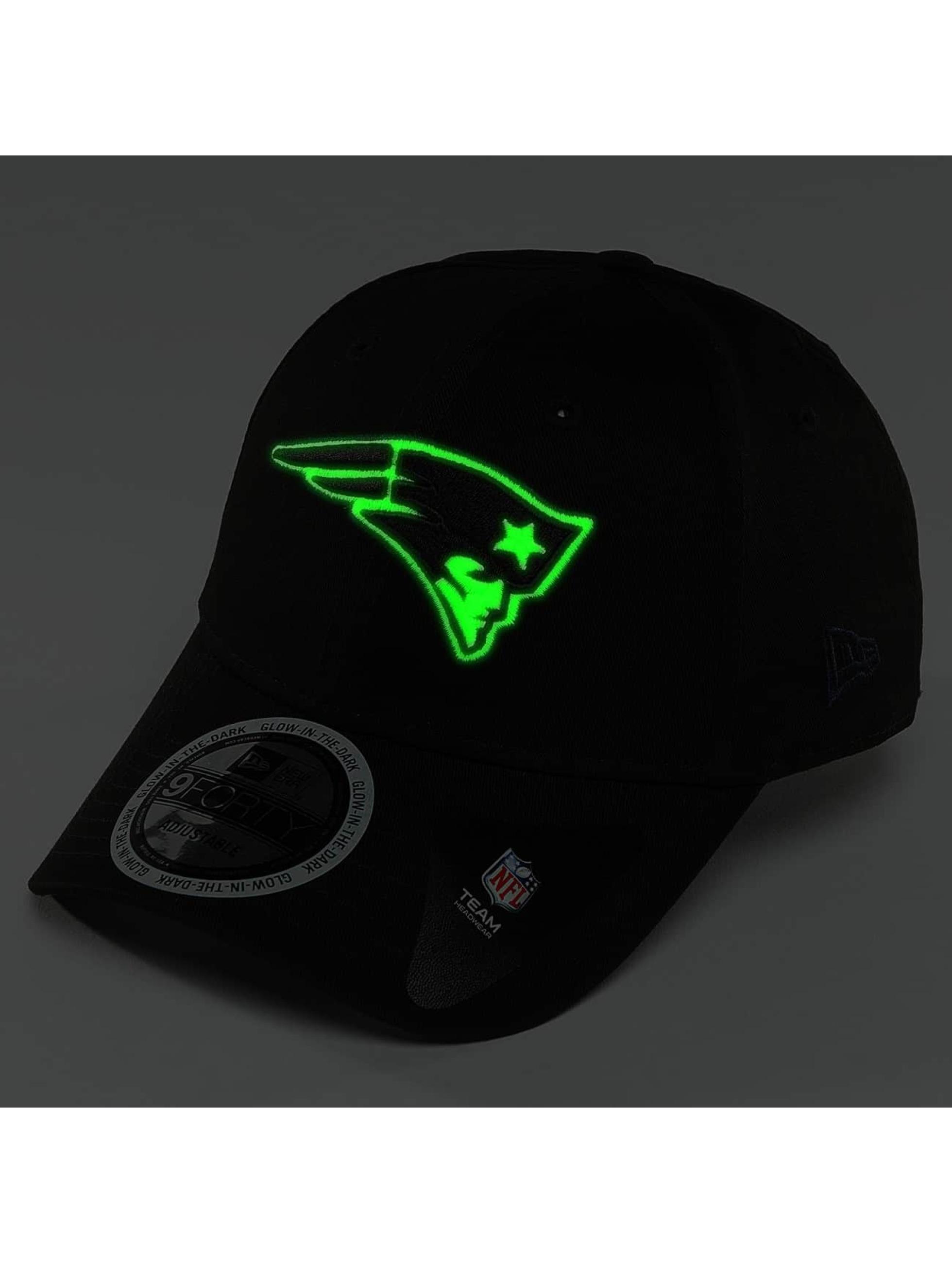 New Era Snapback Cap Team GITD Basic New England Patriots 9Forty black