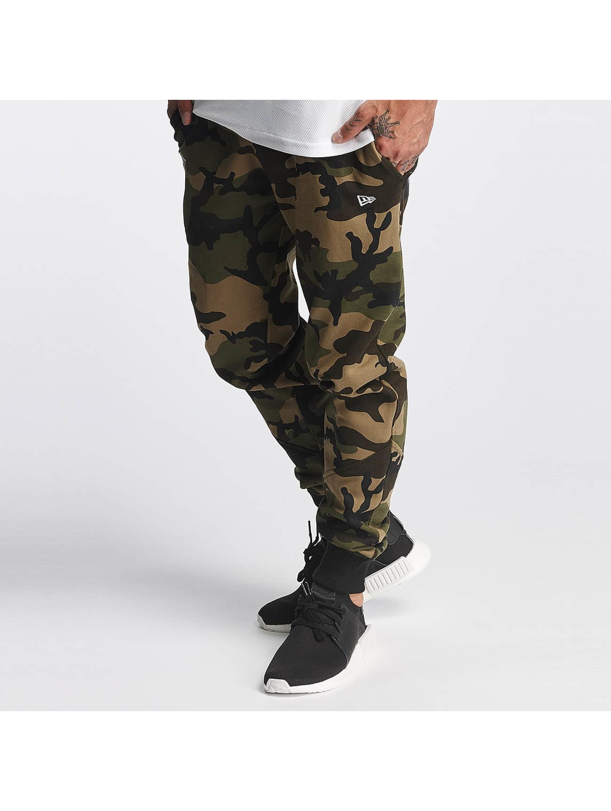 New Era Sweat Pant Woodland Oakland camouflage