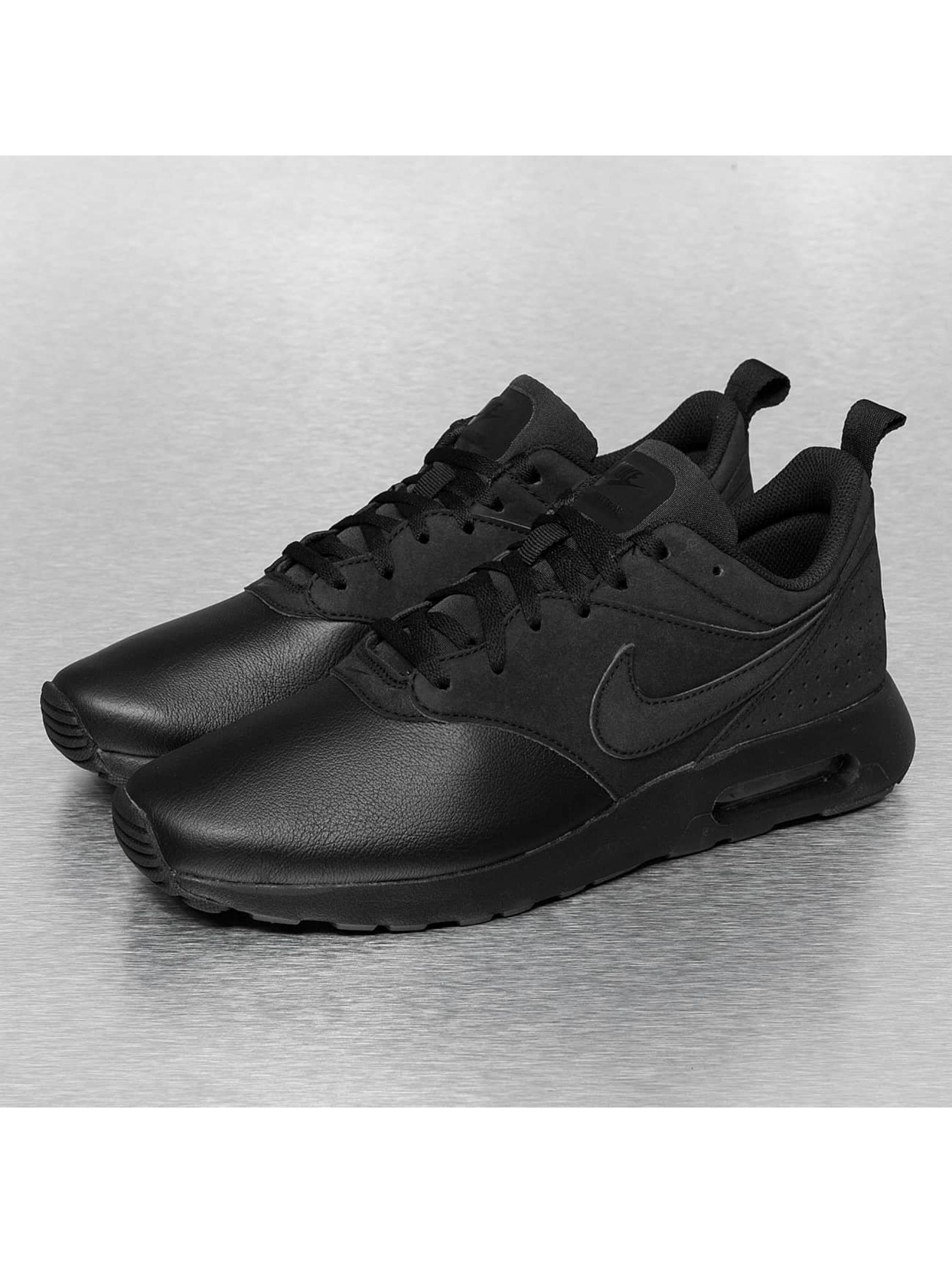 Air Max Tavas Leather Black