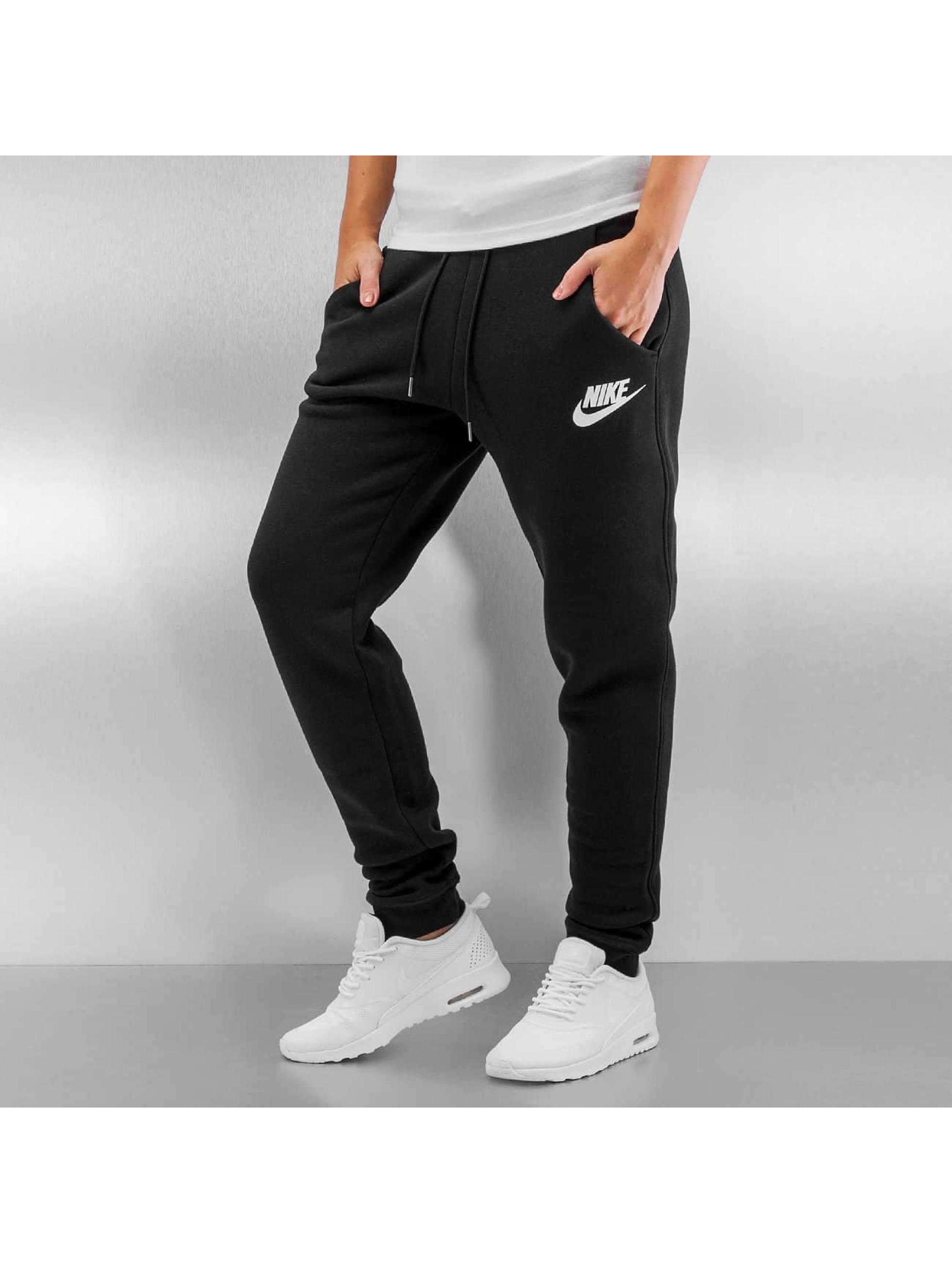 nike pantalon jogging sportswear rally en noir 287878. Black Bedroom Furniture Sets. Home Design Ideas