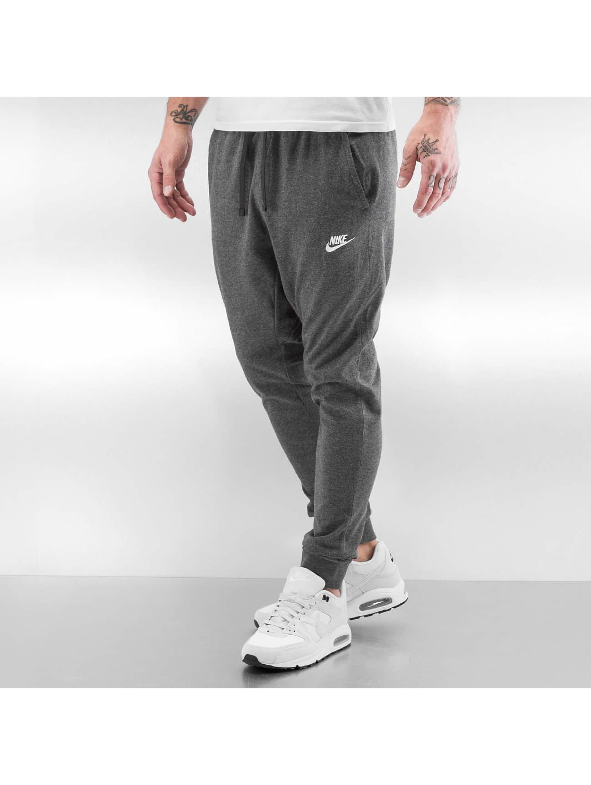 nike herren jogginghose sportswear in grau 285934. Black Bedroom Furniture Sets. Home Design Ideas