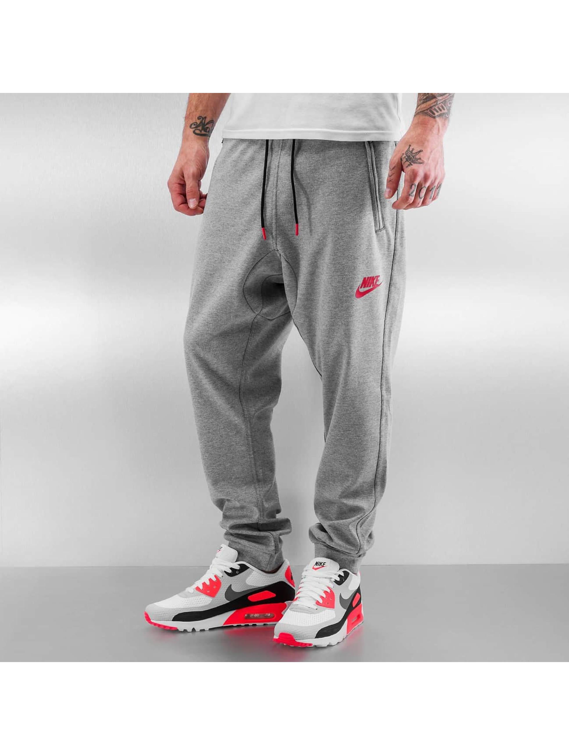 Nike Jogginghose Slim Fit
