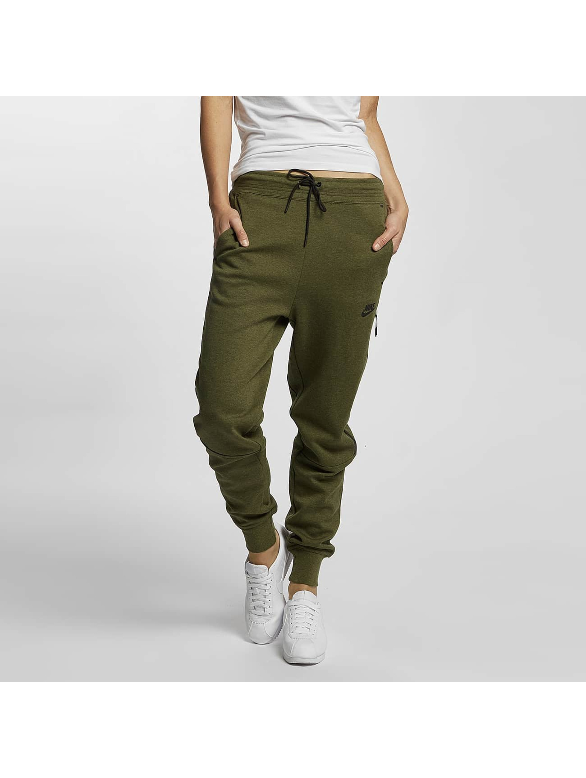 nike damen jogginghose tech in olive 332273. Black Bedroom Furniture Sets. Home Design Ideas