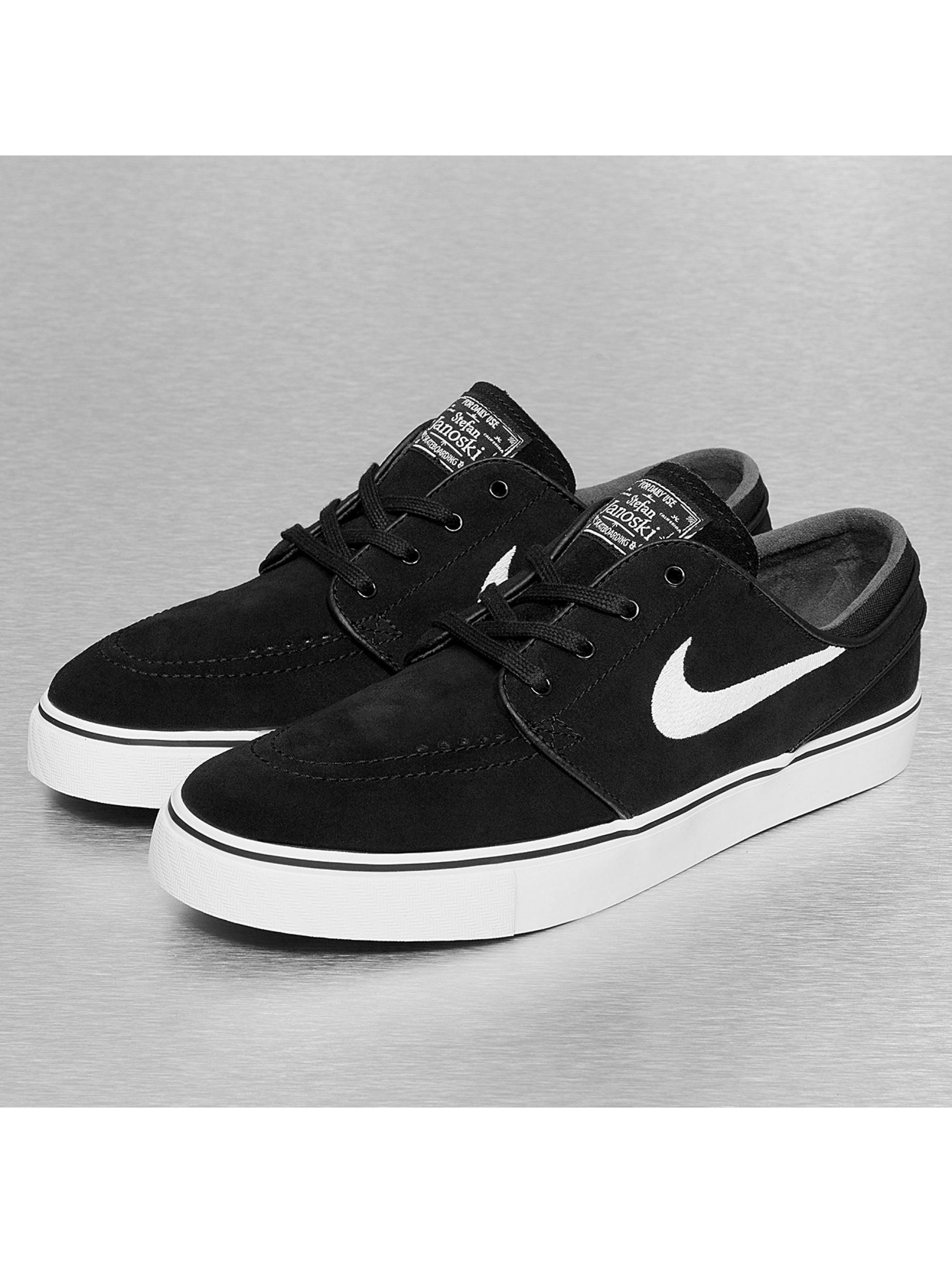 nike sb herren sneaker zoom stefan janoski in schwarz 173291. Black Bedroom Furniture Sets. Home Design Ideas