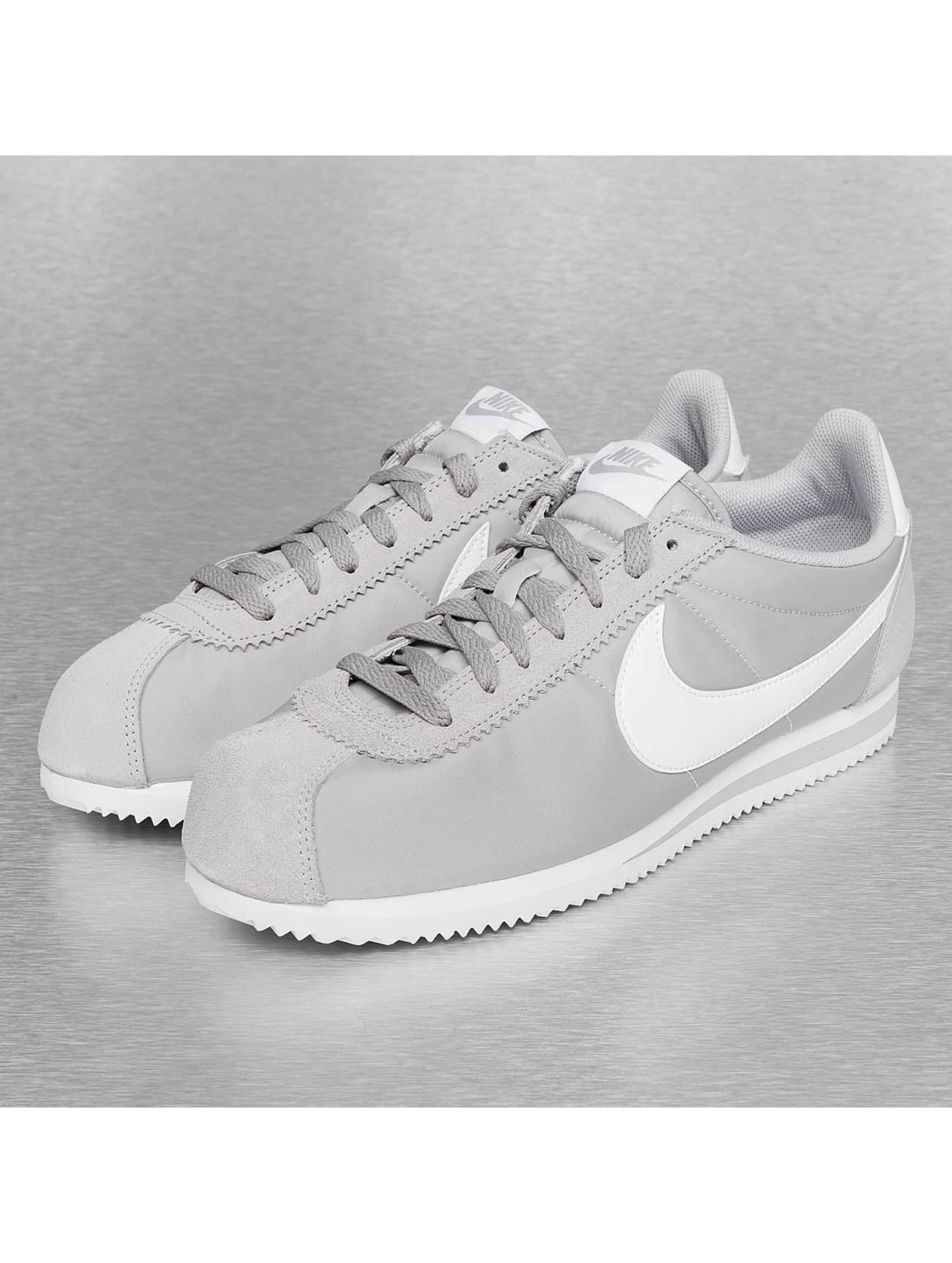 nike sneaker classic cortez nylon in grau 241459. Black Bedroom Furniture Sets. Home Design Ideas