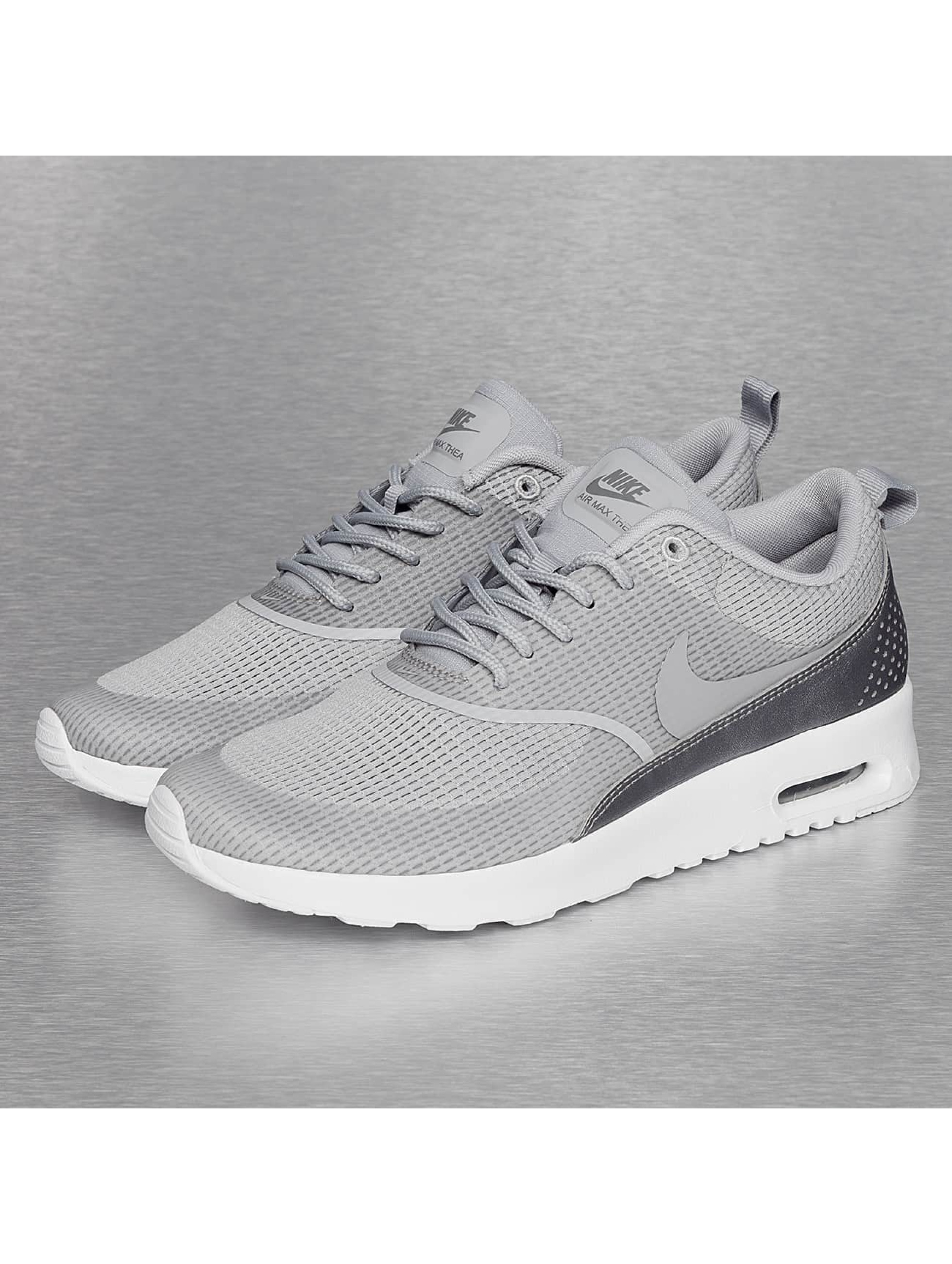 nike sneaker air max thea in grau 241587. Black Bedroom Furniture Sets. Home Design Ideas