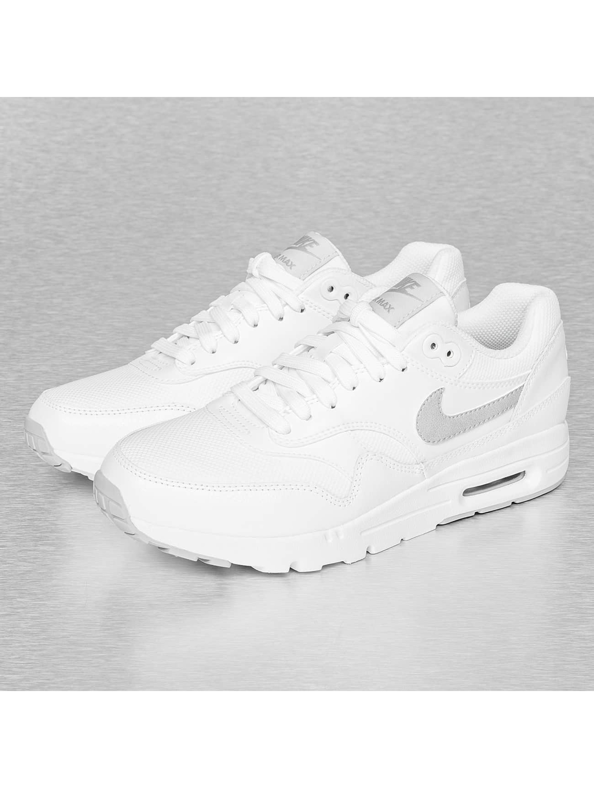 nike sneaker wmns air max 1 ultra essentials sneakers in. Black Bedroom Furniture Sets. Home Design Ideas