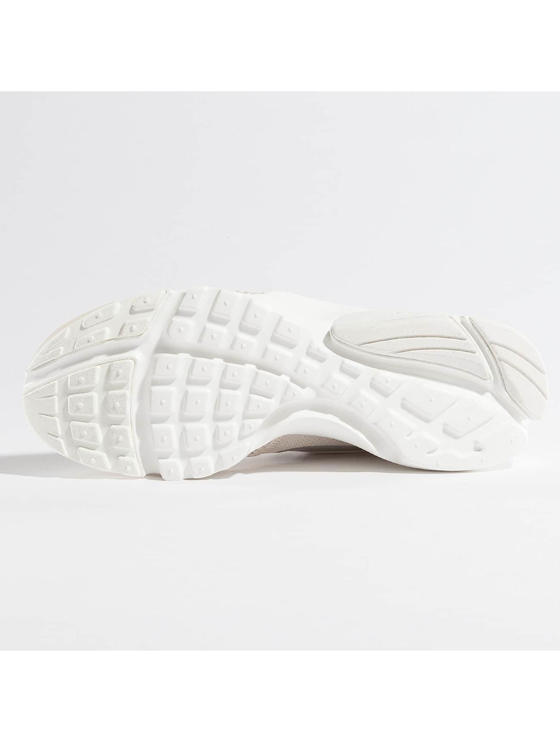 Nike Sneakers Presto Fly beige
