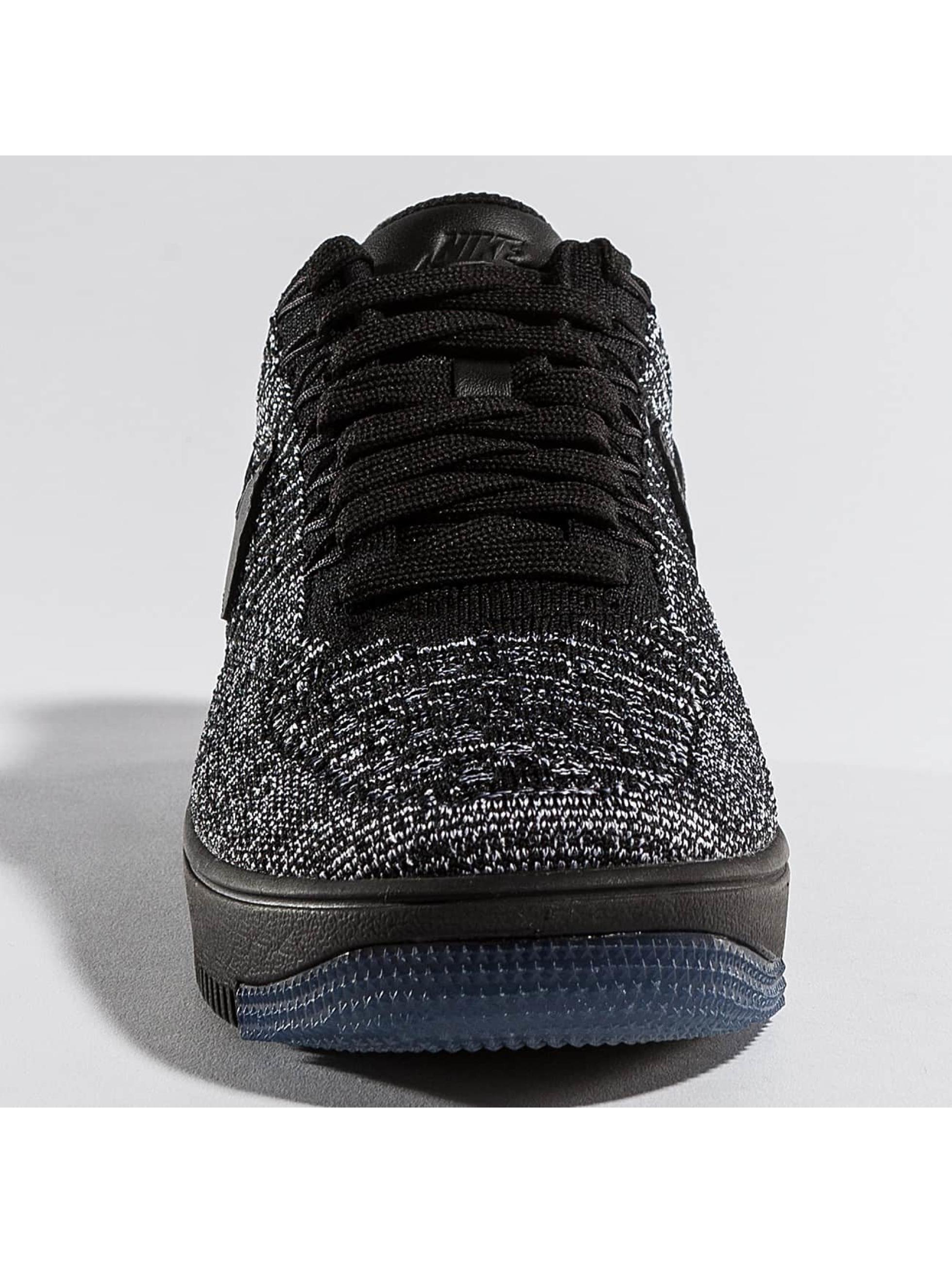 Nike Sneakers Flyknit Low black