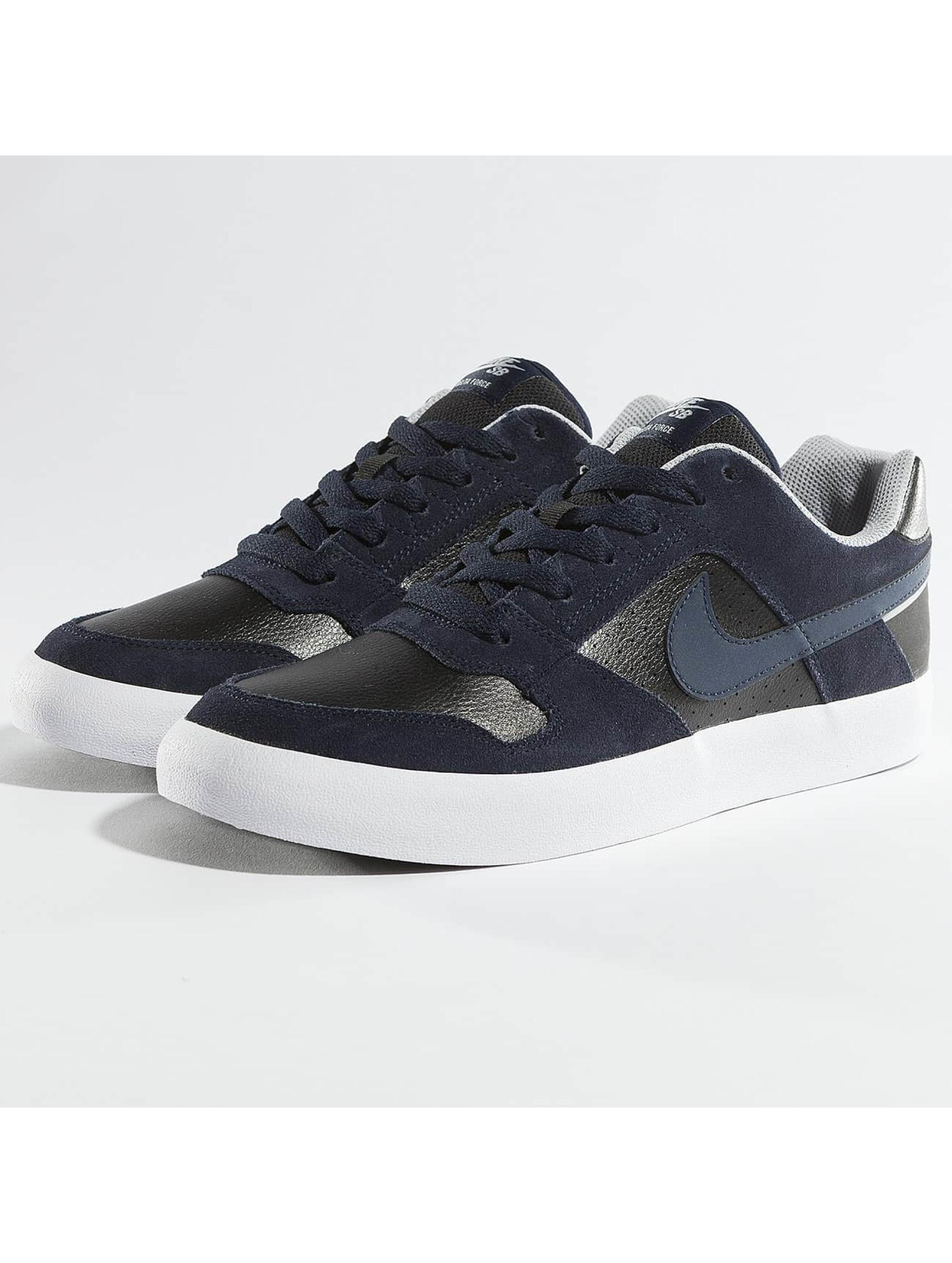 Nike Sneakers Delta Force Vulc Skateboarding gray