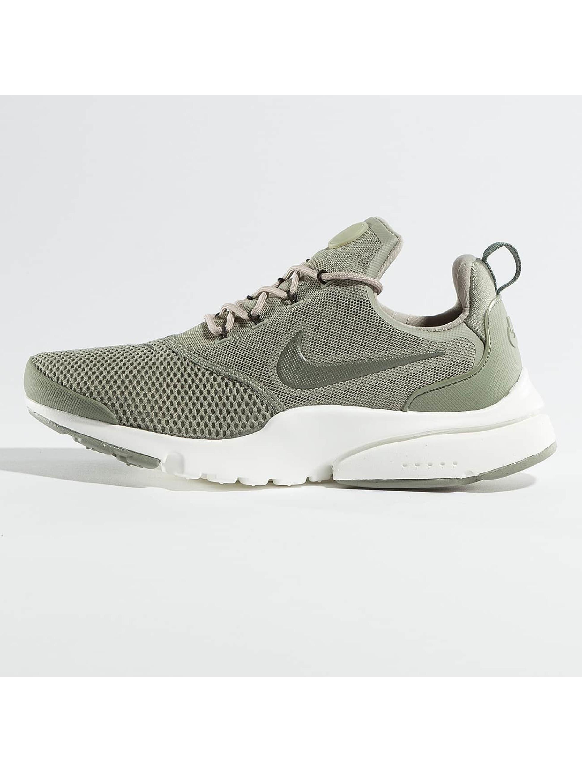 Nike Sneakers Presto Fly green