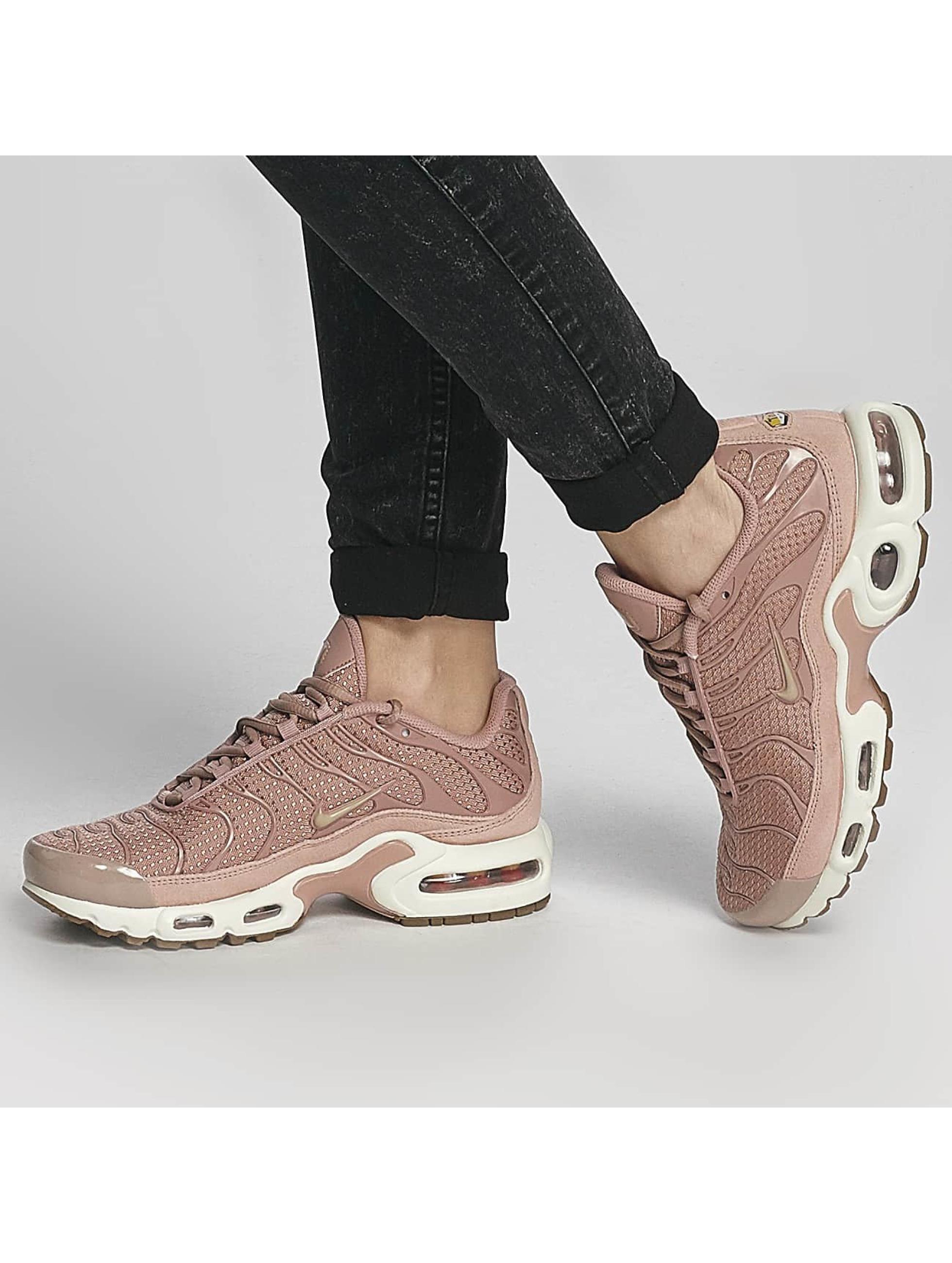 Nike Sneakers Air Max Plus pink