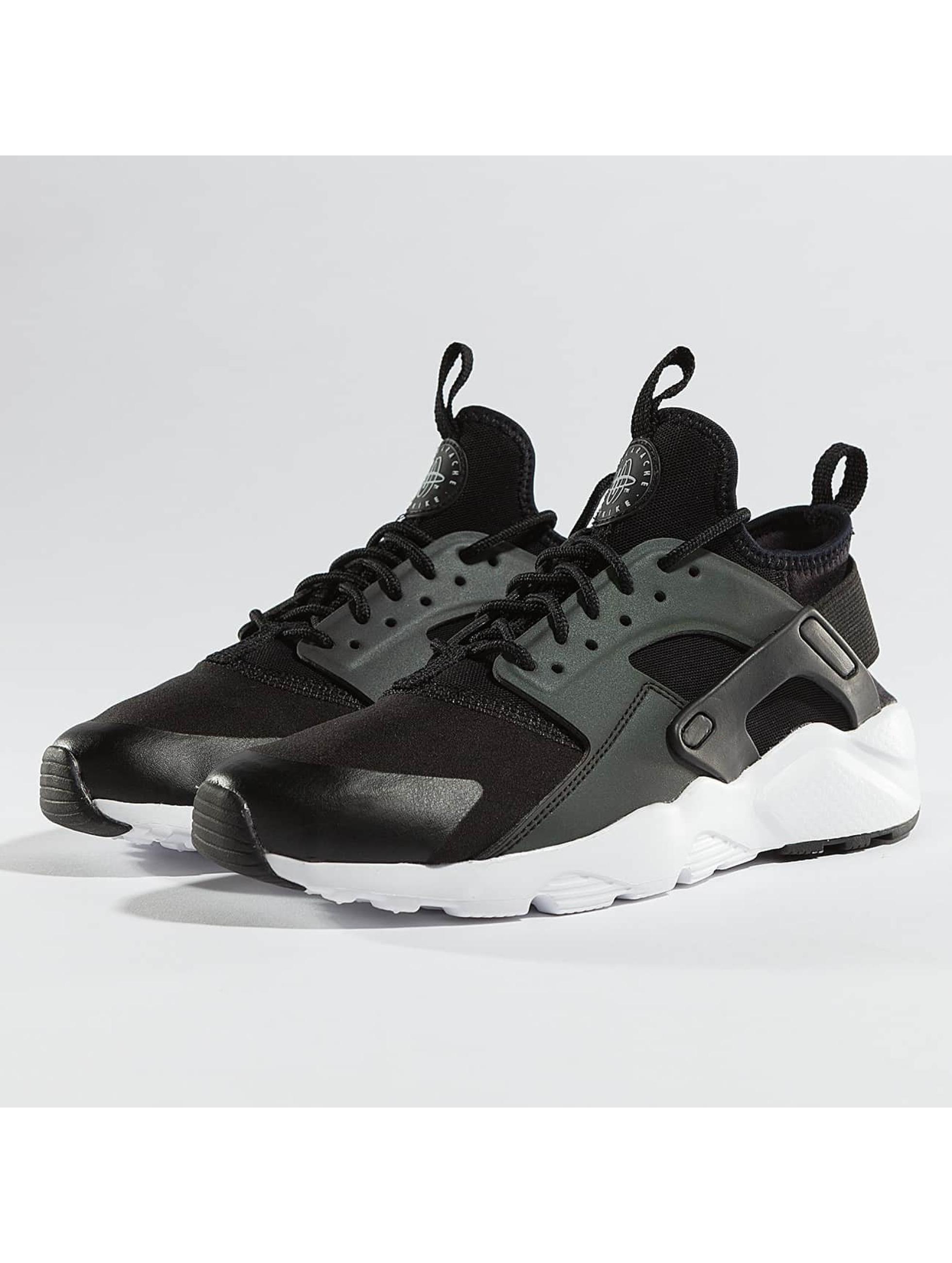 best service 7557b 33946 ... coupon code nike skor sneakers air huarache run ultra se i svart 364880  7d429 b4431