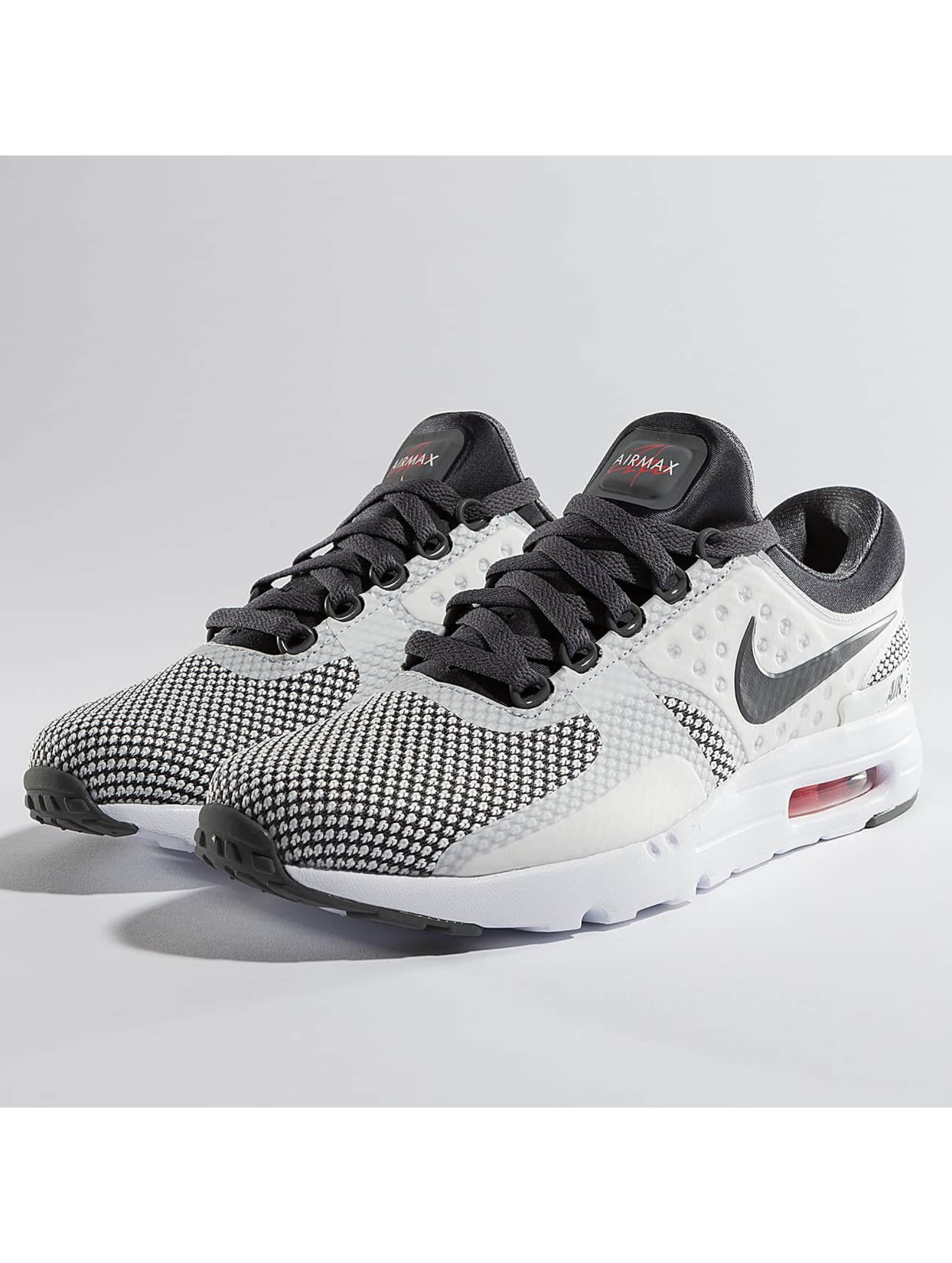 best authentic 58f30 55bb6 Nike Tennarit Air Max Command musta Nike Tennarit Air Max Zero Essential  harmaa ...