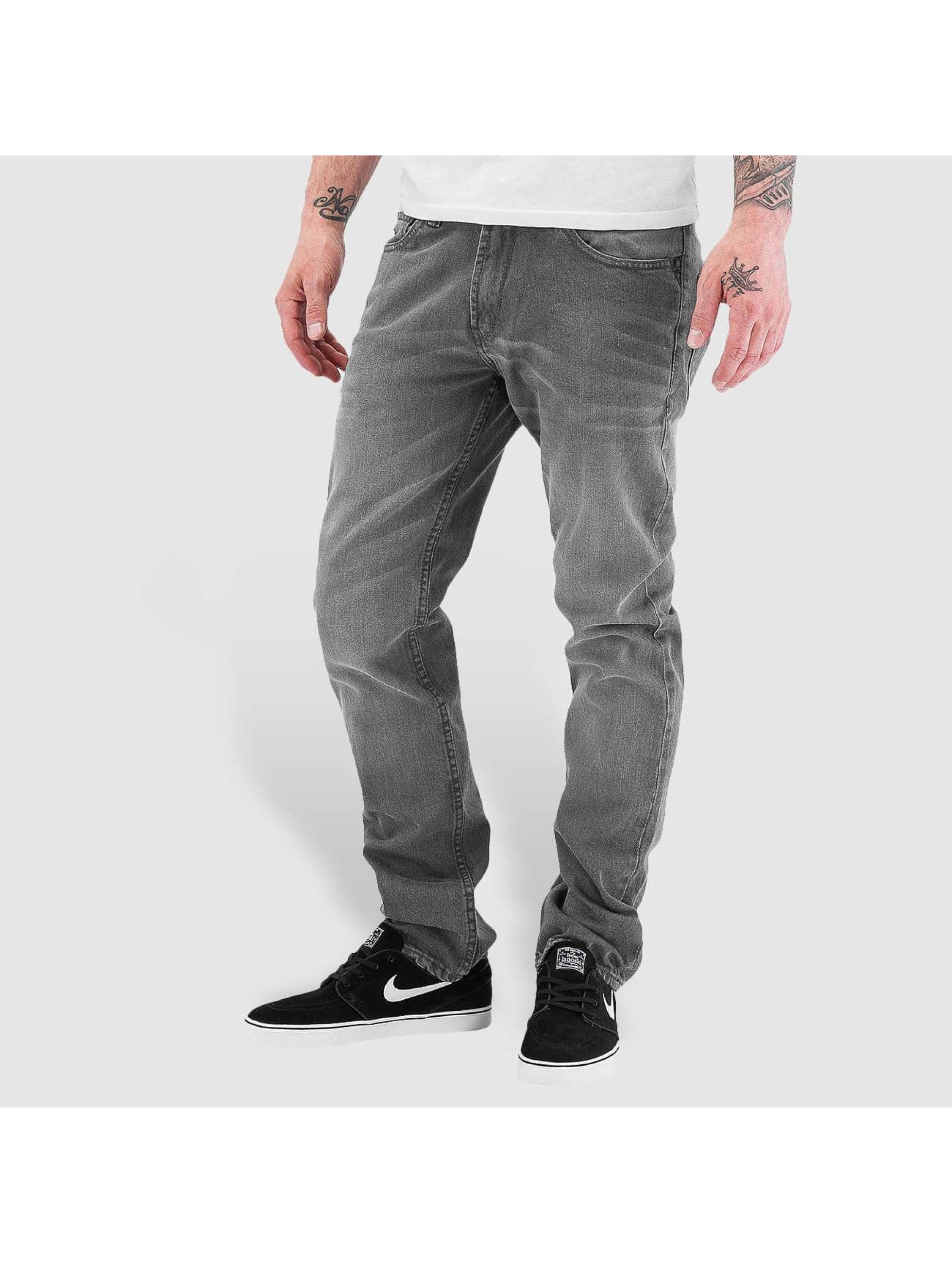 reell jeans herren straight fit jeans trigger in grau 199443. Black Bedroom Furniture Sets. Home Design Ideas