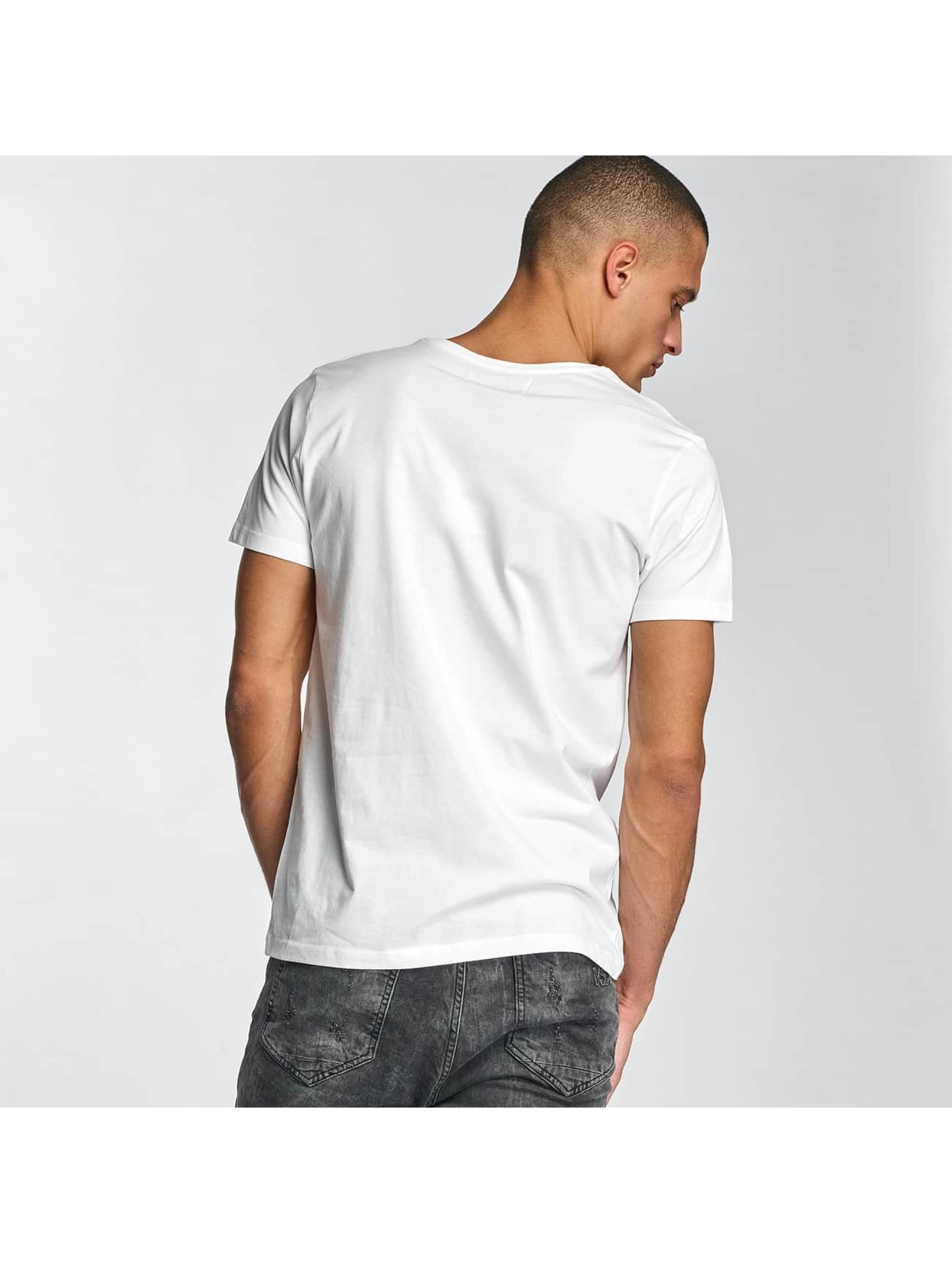 Sky Rebel T-Shirt Oskar white