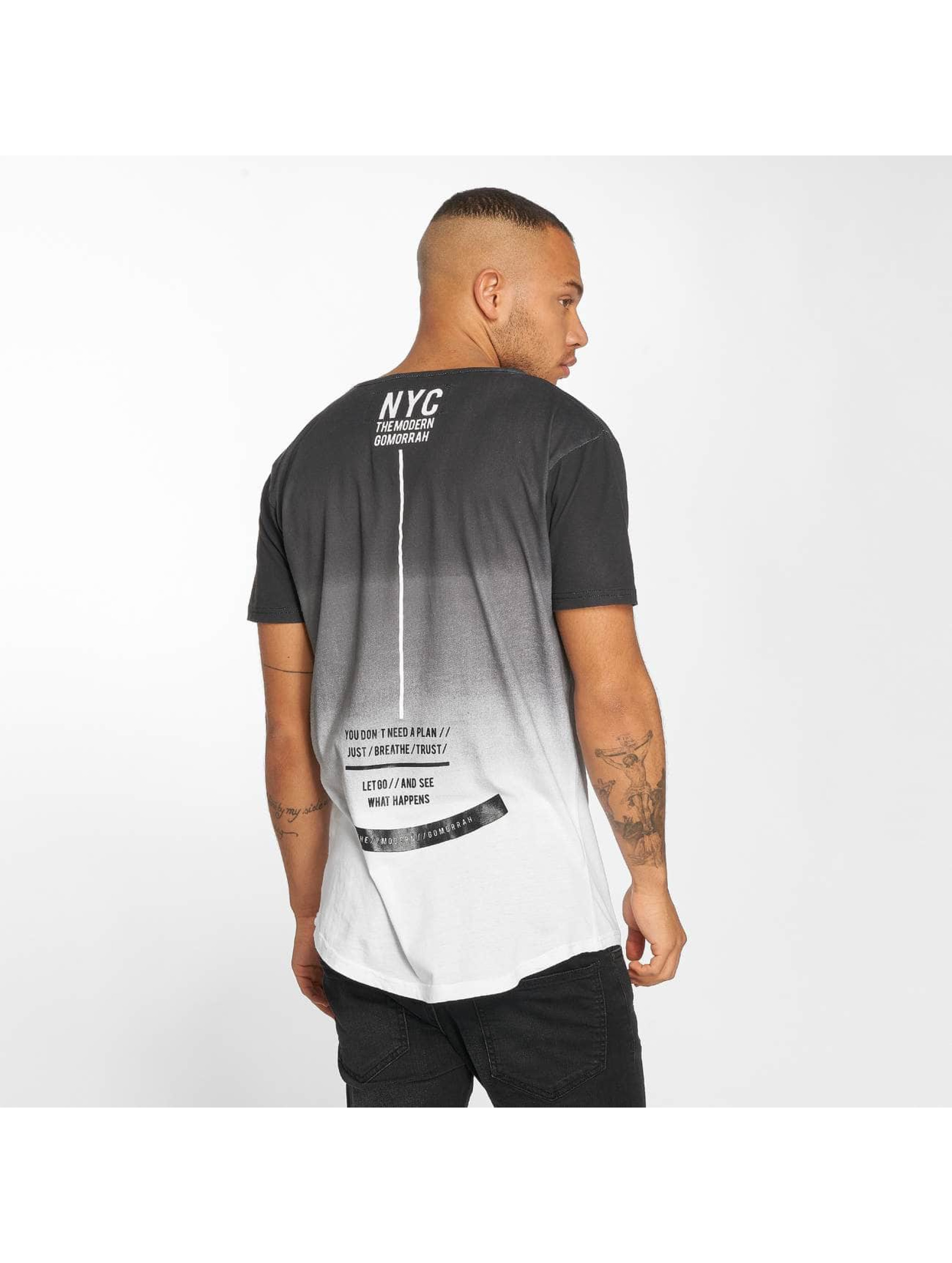 trueprodigy T-Shirt What Happens black