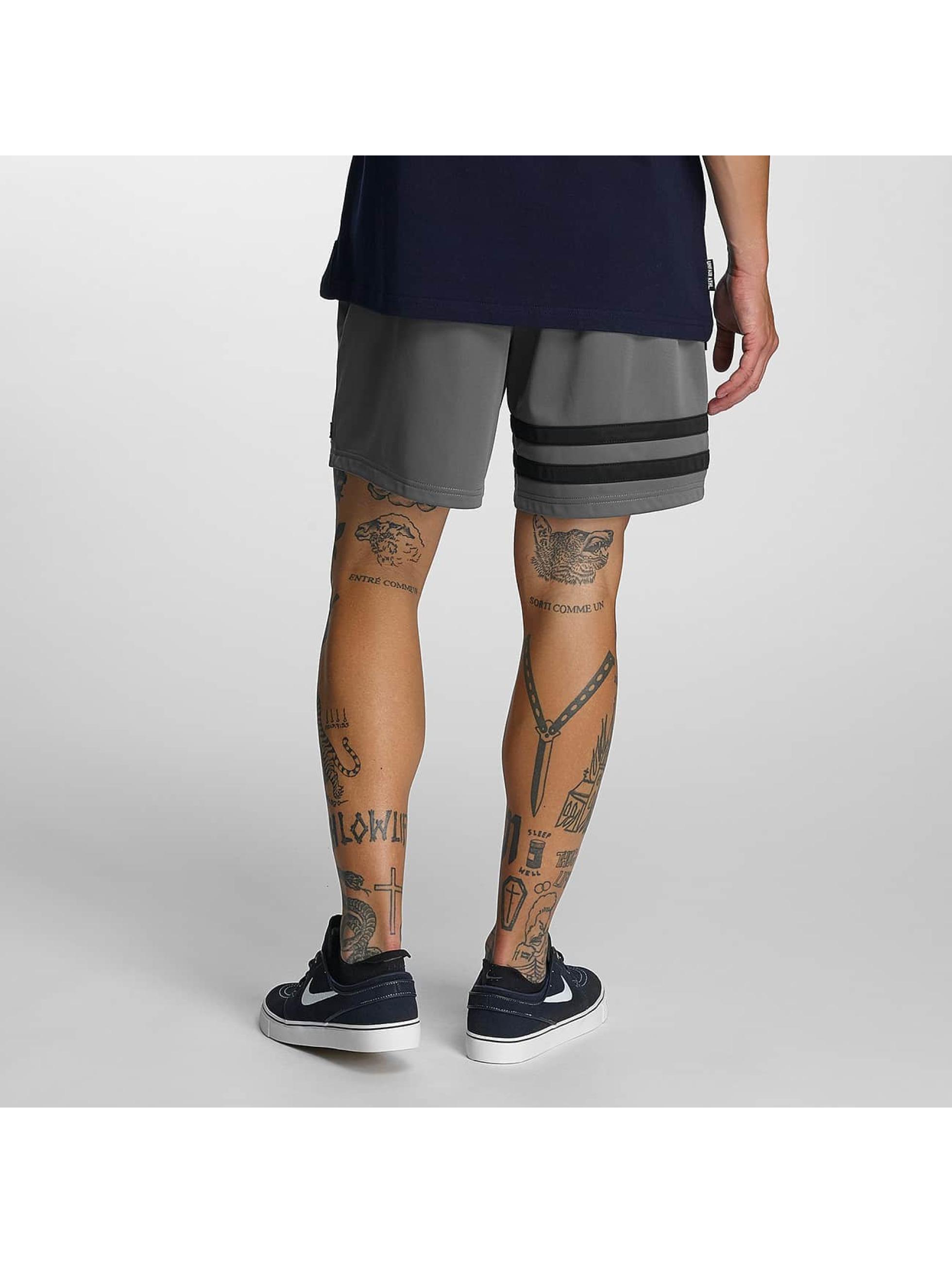 UNFAIR ATHLETICS Short DMWU gray