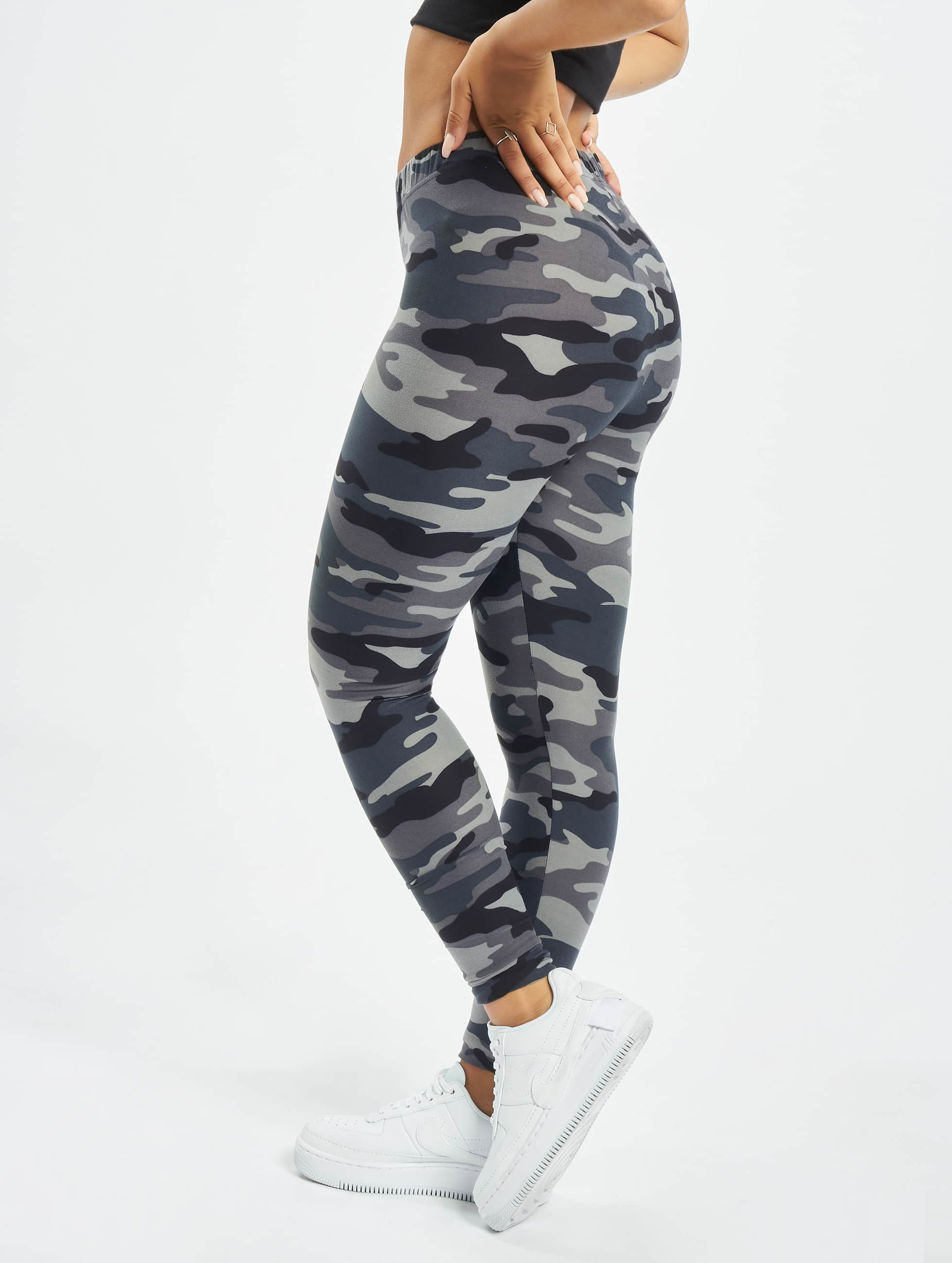 urban classics broek legging camo in camouflage 293899. Black Bedroom Furniture Sets. Home Design Ideas