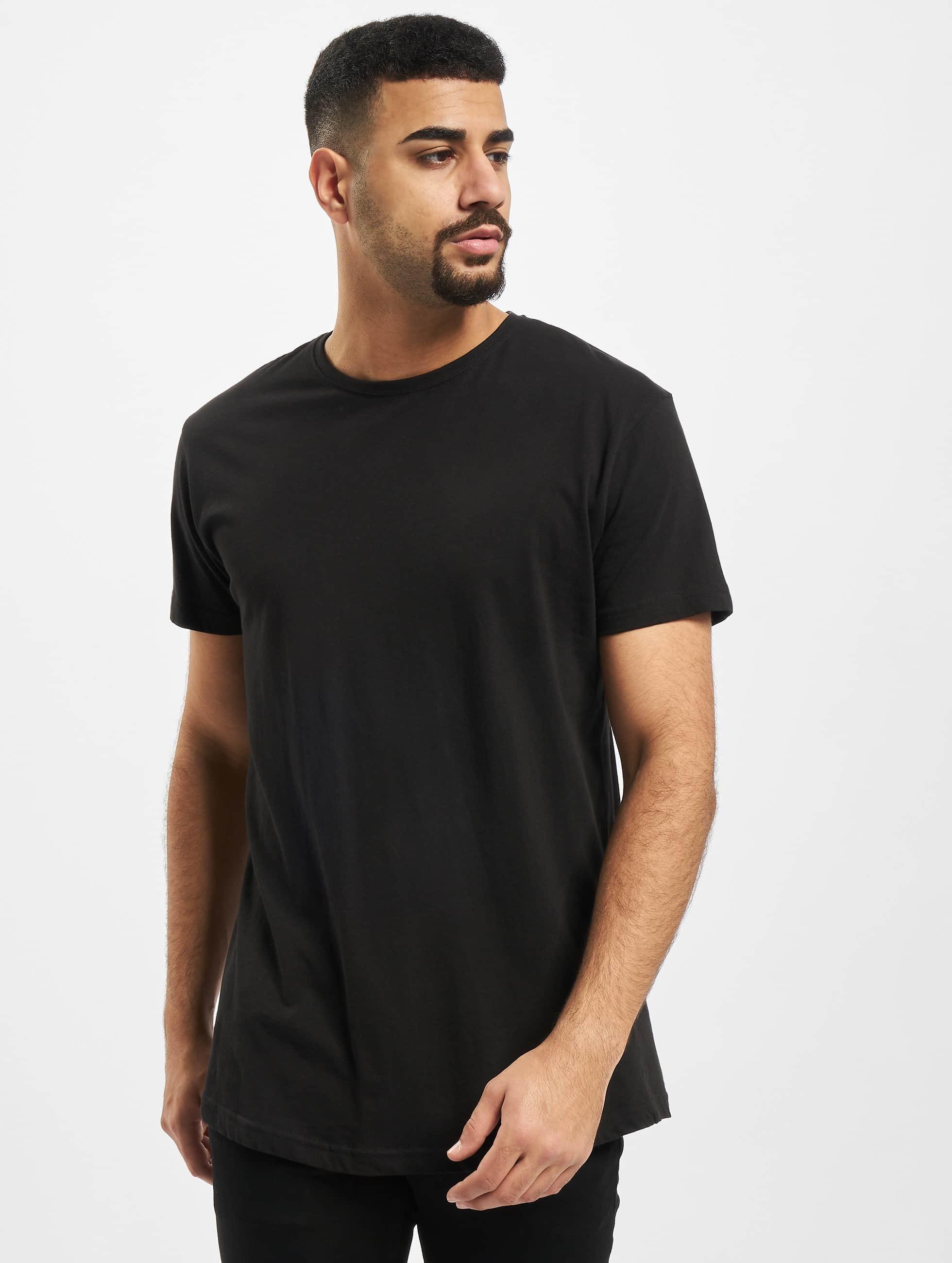 urban classics herren t shirt shaped long in schwarz 125756. Black Bedroom Furniture Sets. Home Design Ideas