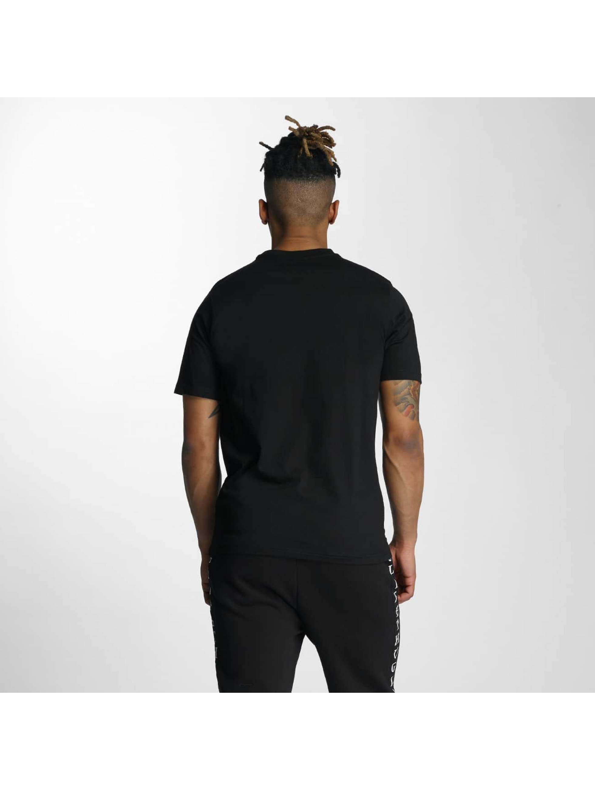 Wrung Division T-Shirt Manw Dize black