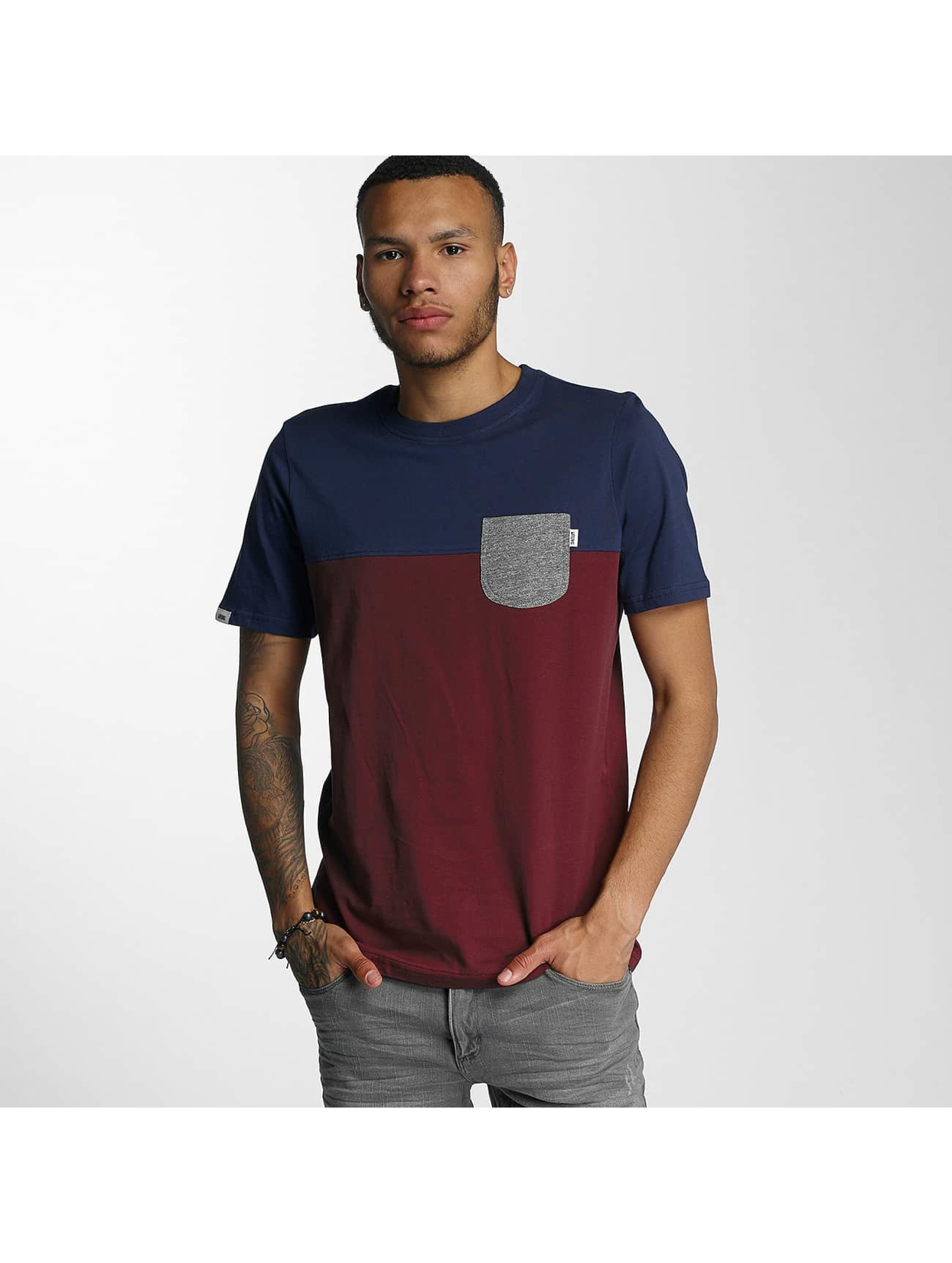 Wrung Division T-Shirt Pocket red
