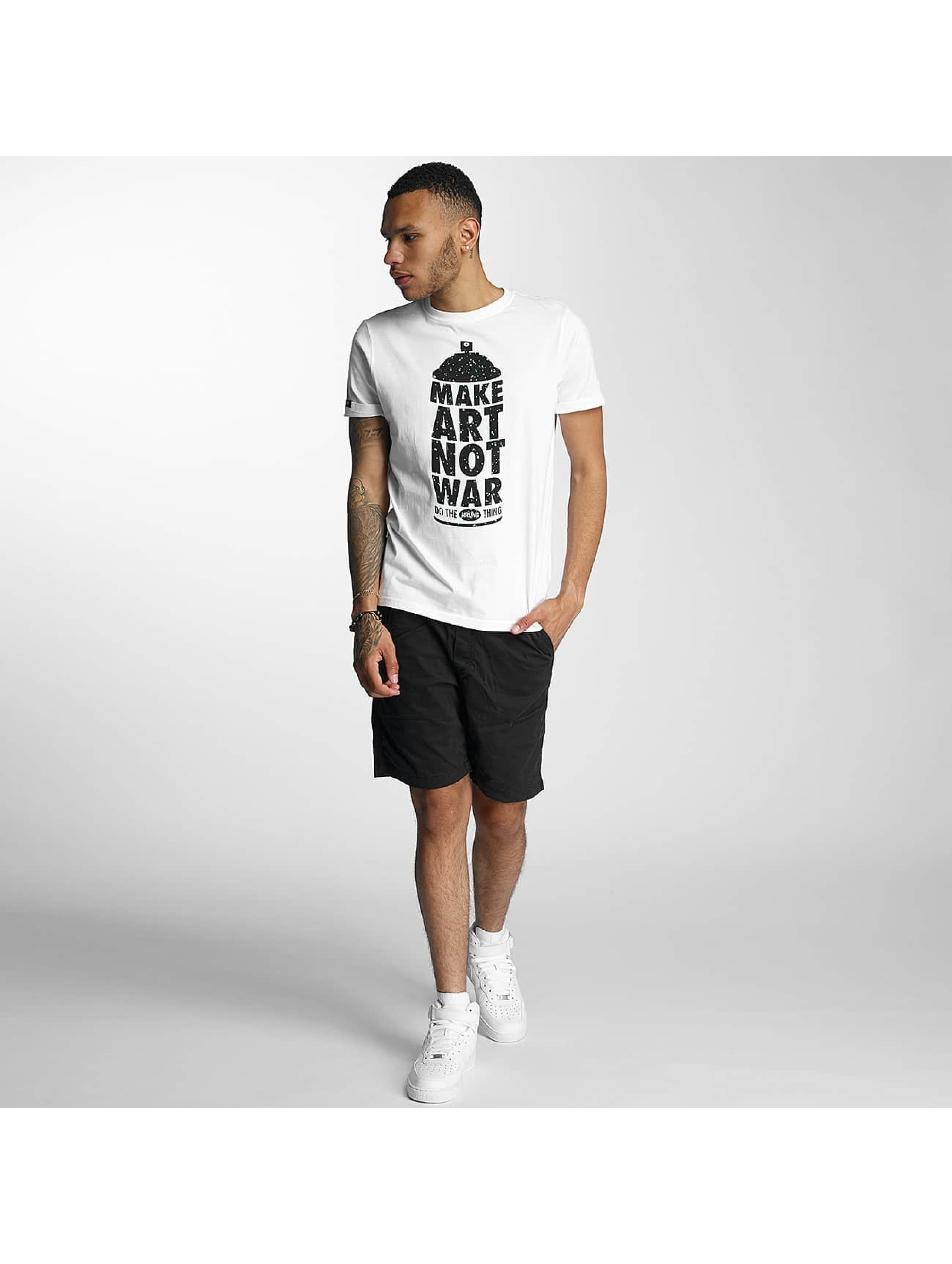 Wrung Division T-Shirt Manwpainted white