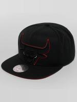 Mitchell & Ness Snapback Cap Raised Perimeter Chicago Bulls black