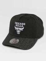 Mitchell & Ness Snapback Cap NBA Denim Visor Chicago Bulls black