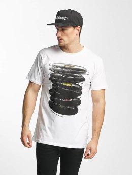 DEDICATED T-Shirt Vinyl Spin white